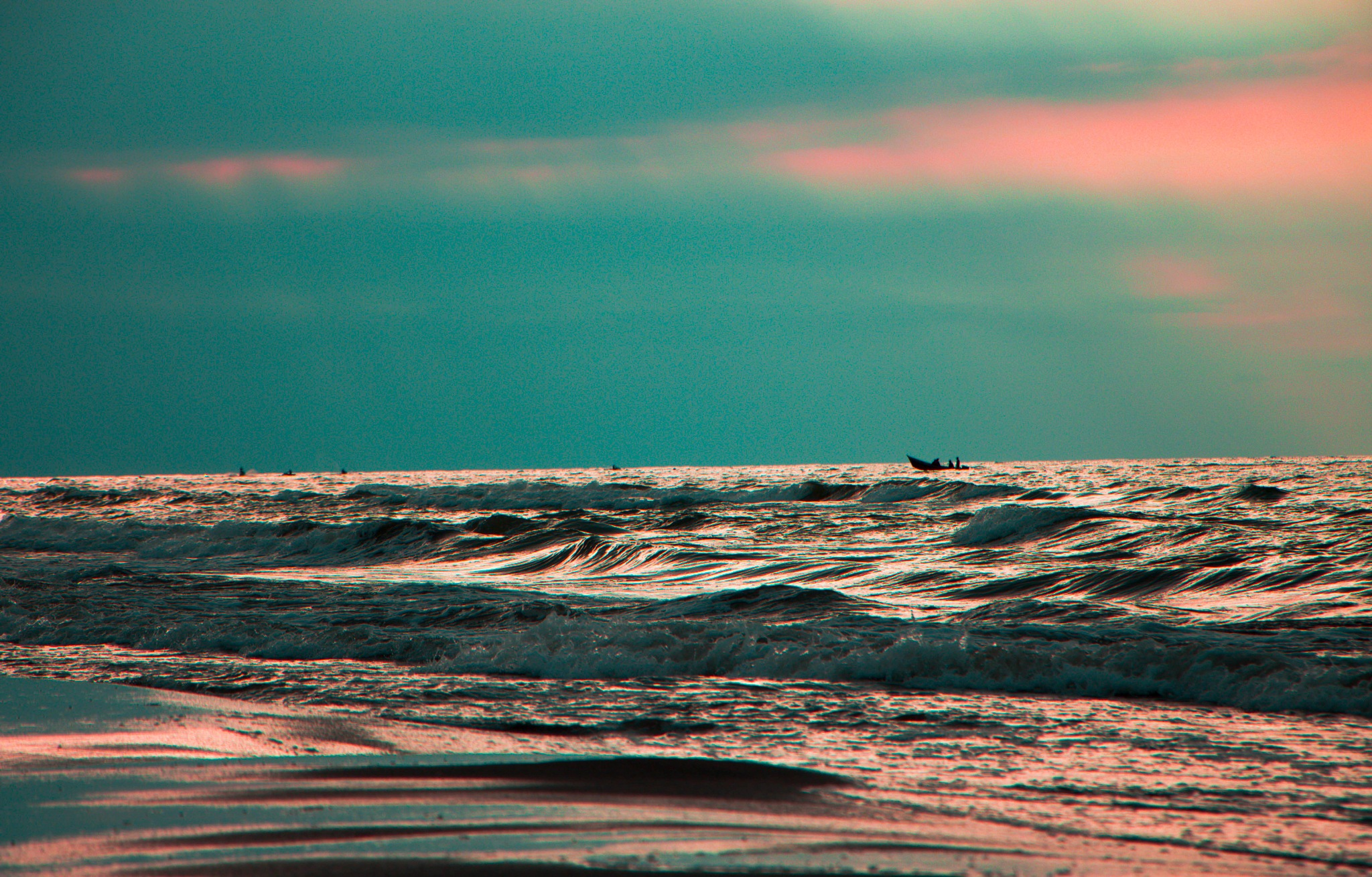 sea waves by saeed Haddadi