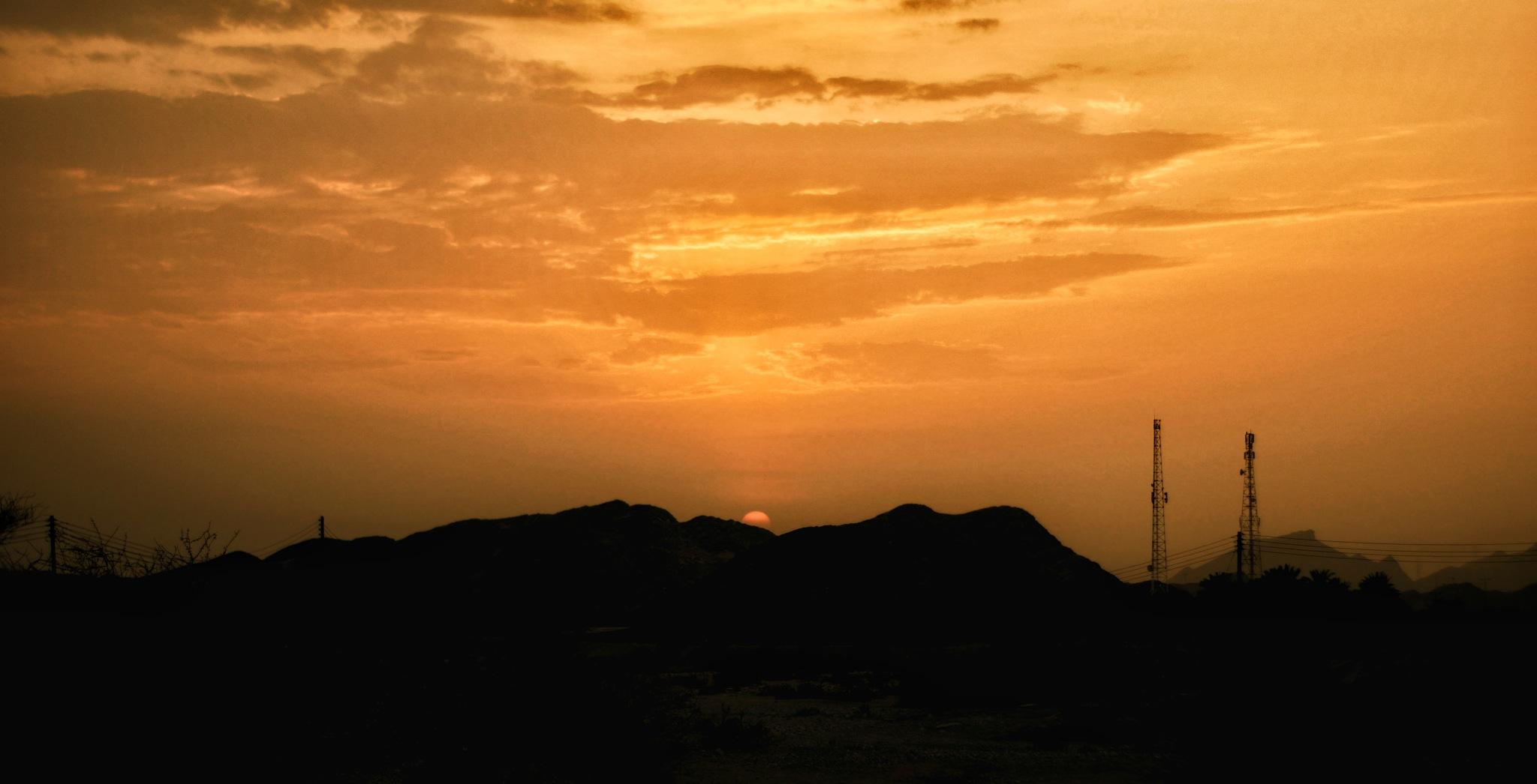 sunset  by Roshin Mariyakutty Varghese