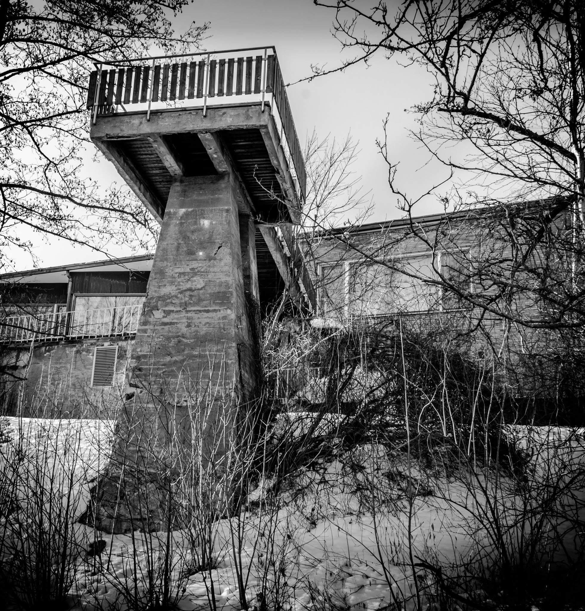 balcony by Antti Loiske