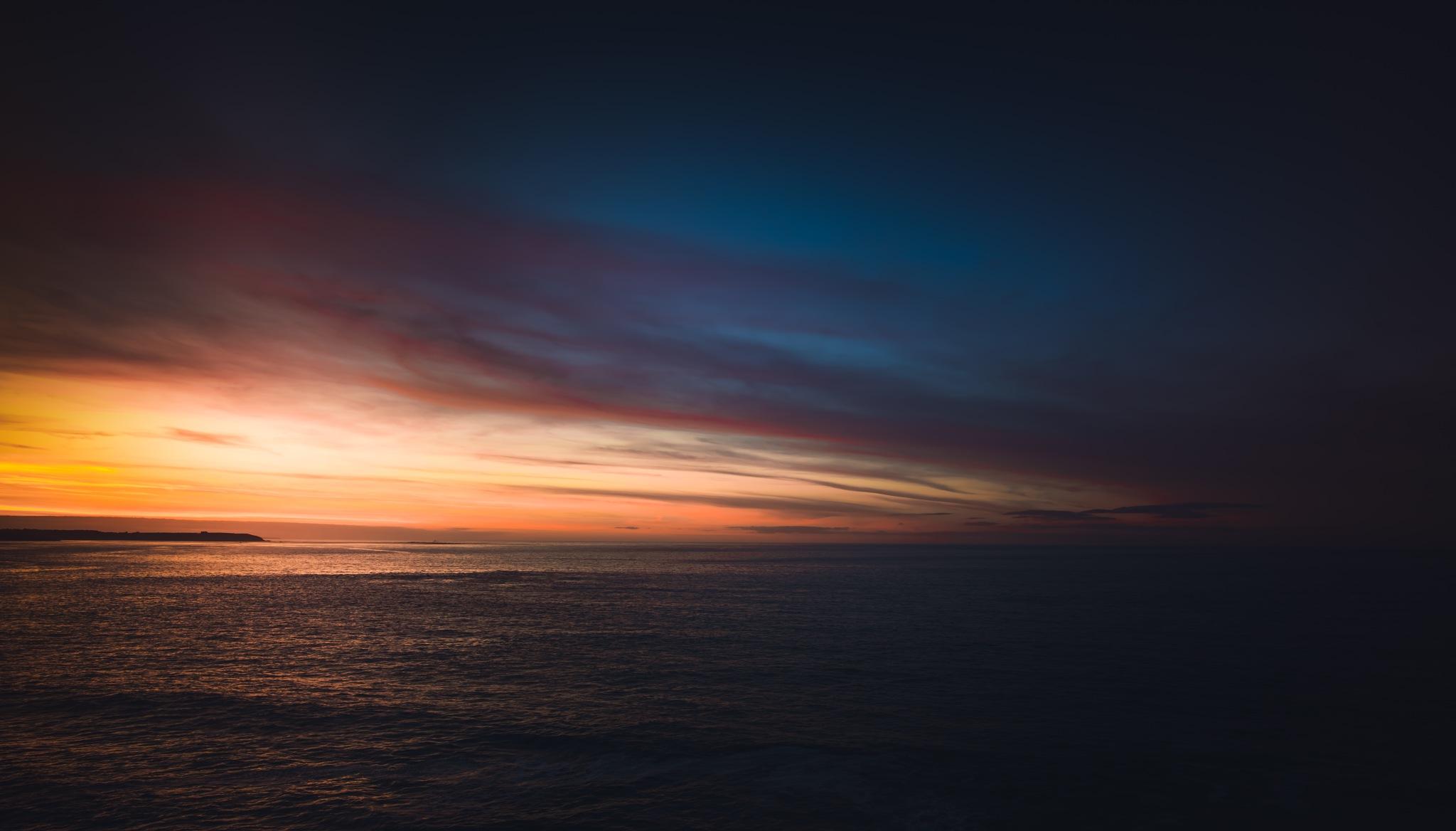 Last Light by Julien Hulin