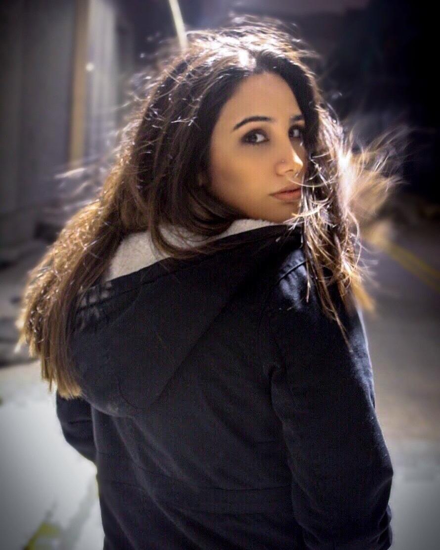 Alessandra by Camila Castillo