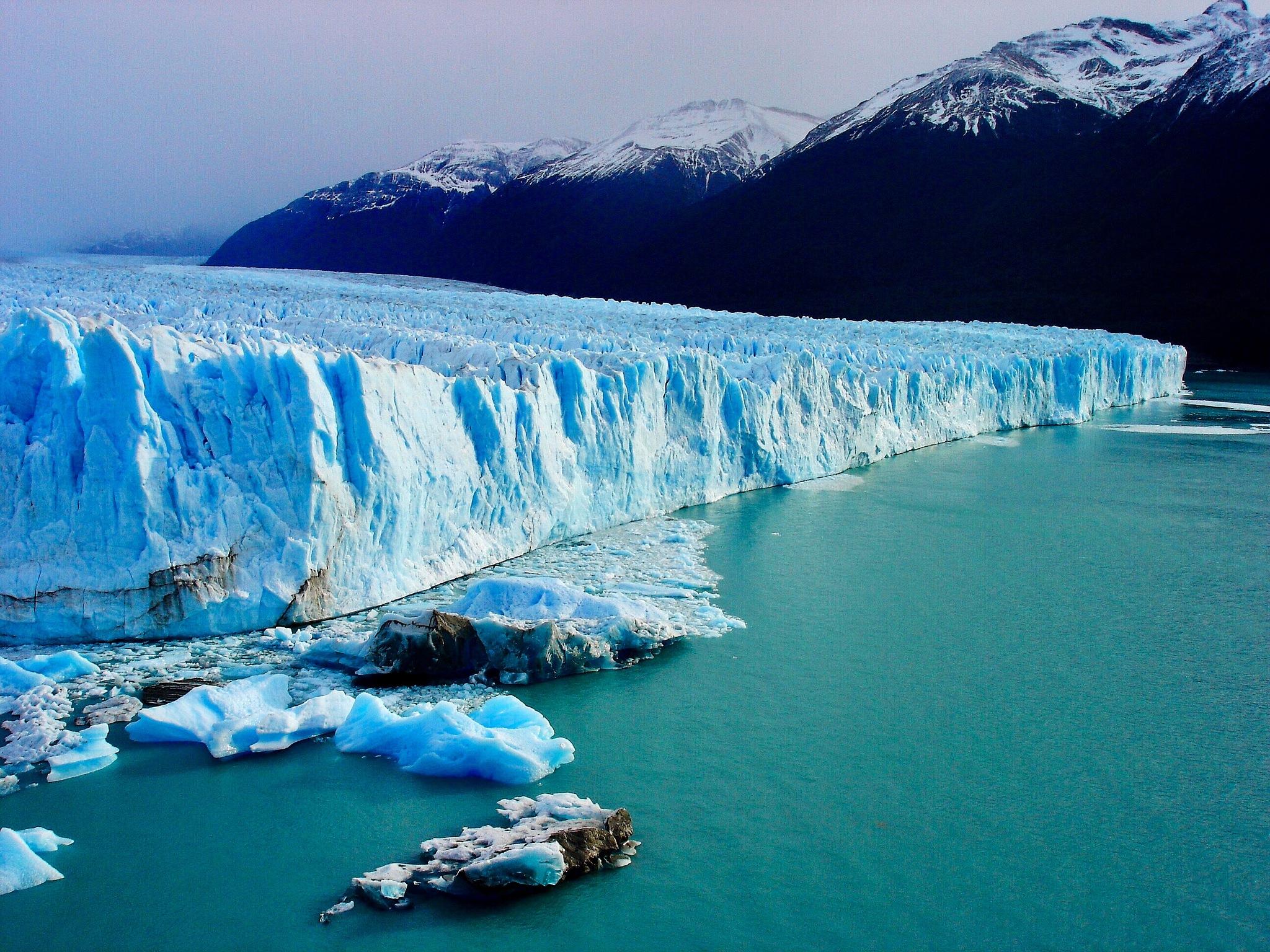 El Perito Moreno by Marie Ballet