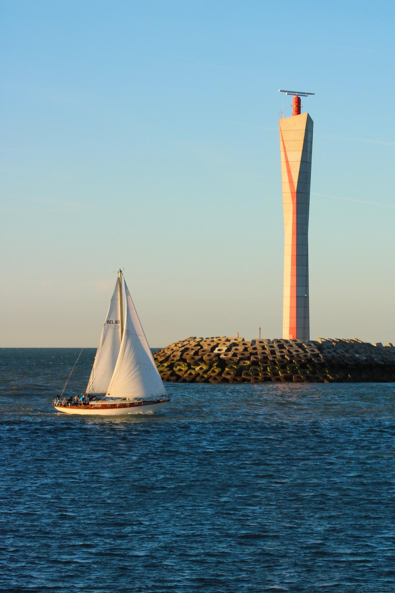 Sailboat by Ivan Samoshko
