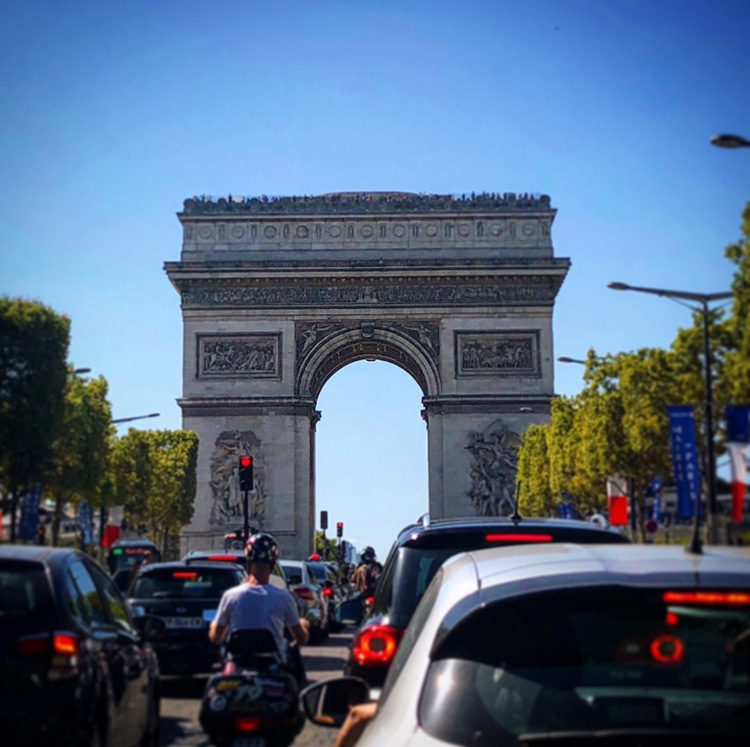 Arc de Triomphe  by Charlotte Lebrun