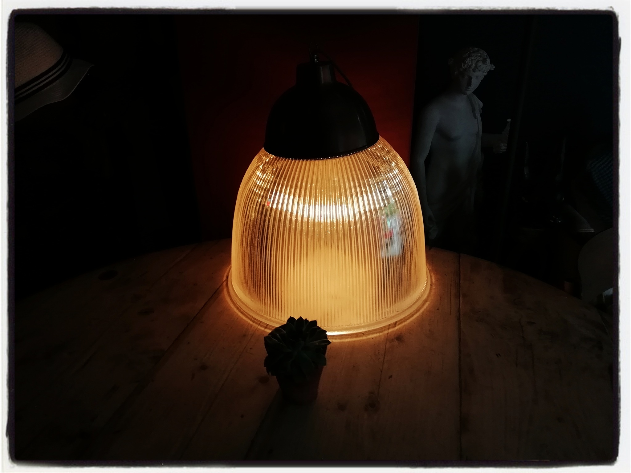 Table Lamp  by CAPTURES