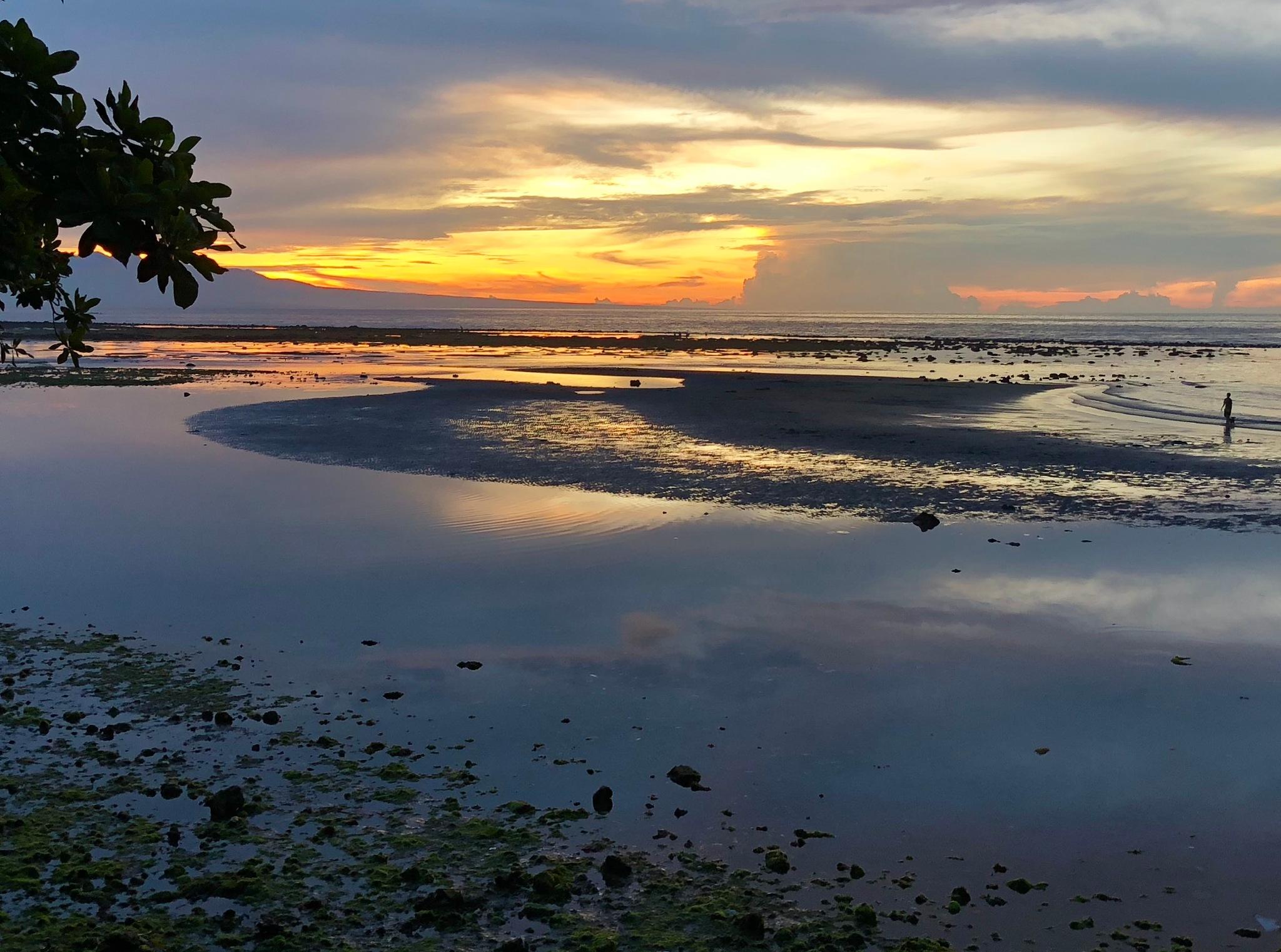 Sunset at the Bay by Inamorata