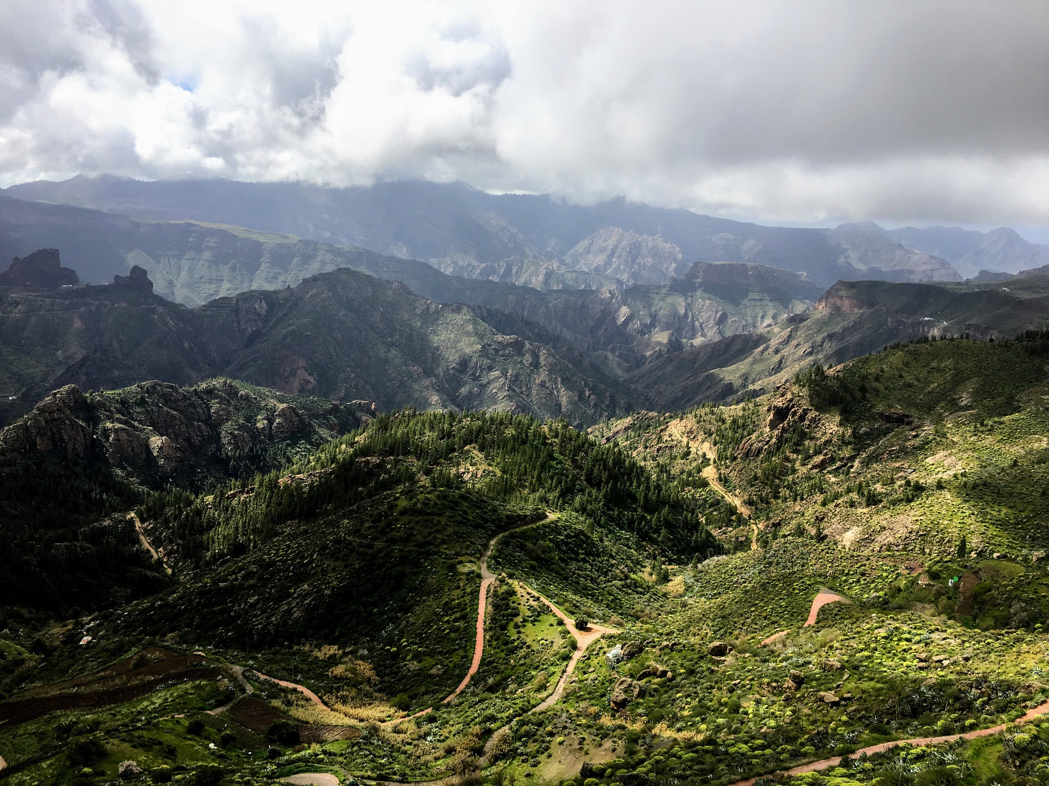 Amazing west Grand Canaria by Piotr Giegżno