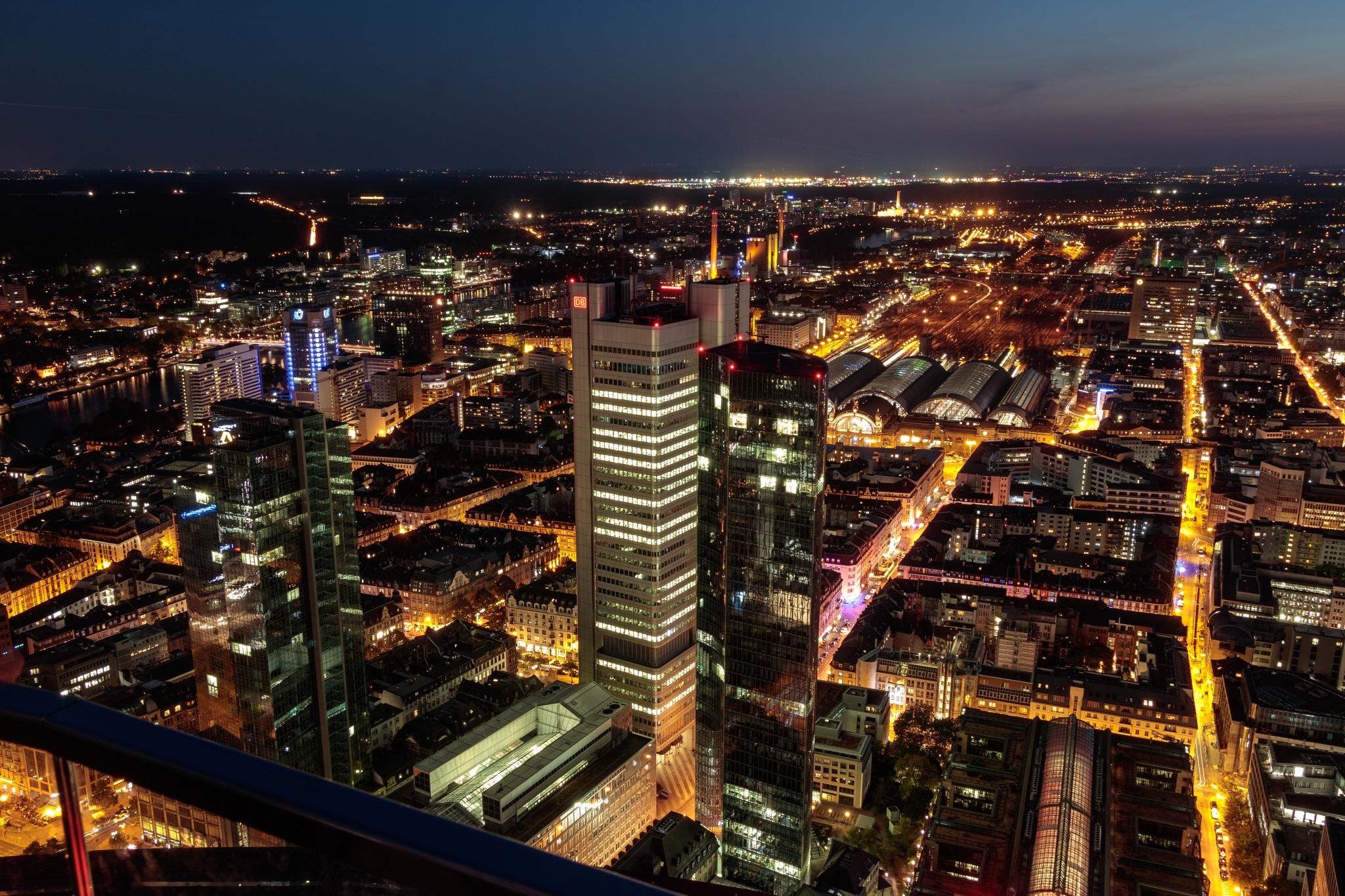 Frankfurt City at night by Dirk Selzer