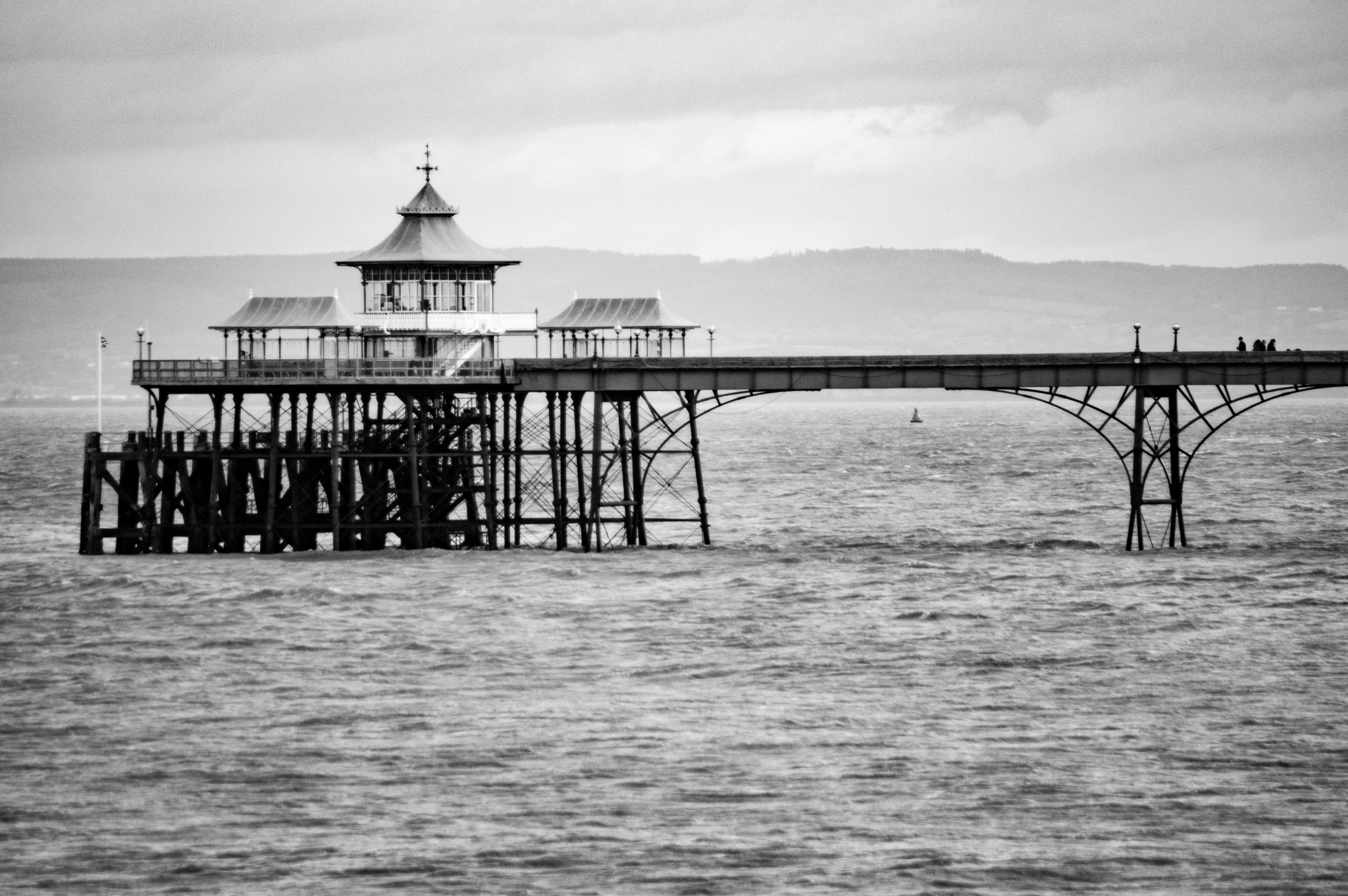 clevedon pier by Rob Park