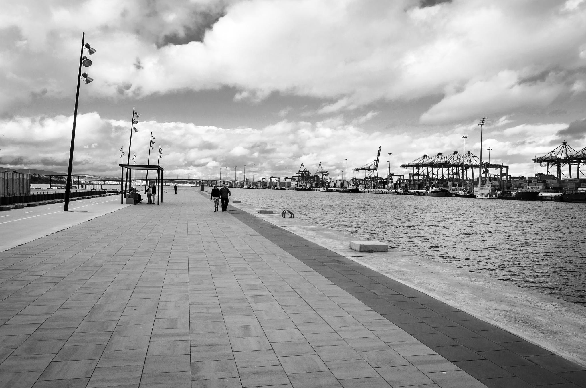 Puerto de Algeciras III by Borja Robles