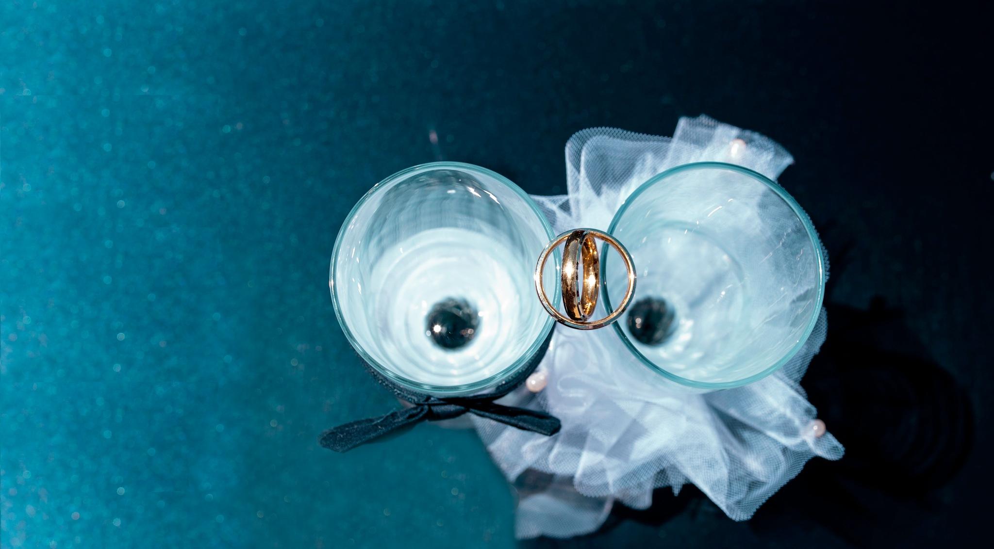 The wedding rings by AlexMara