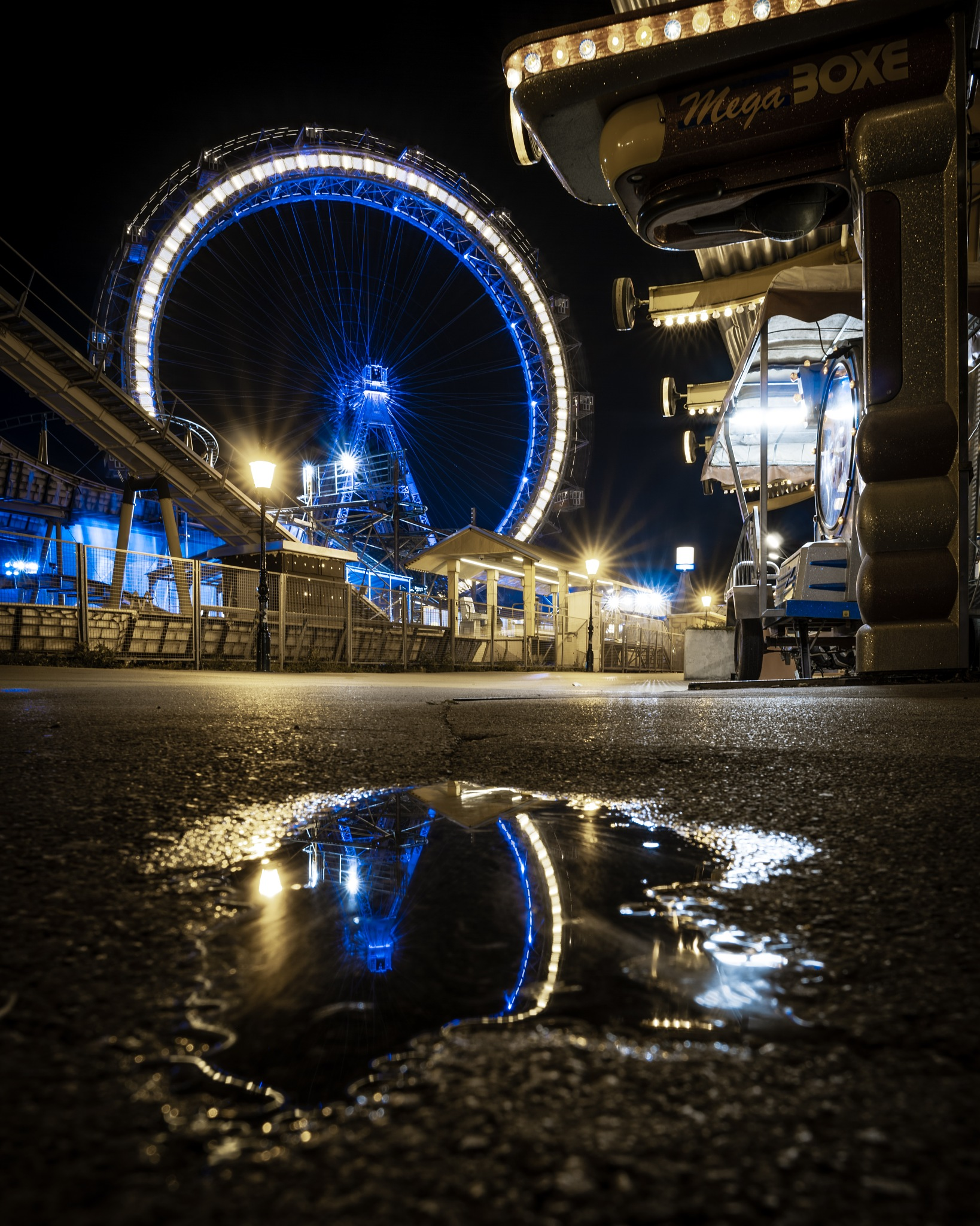 Wheel by Lukas Prenner