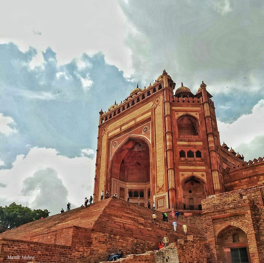 Landmarks of India_Buland Darwaza by Manik Mehra