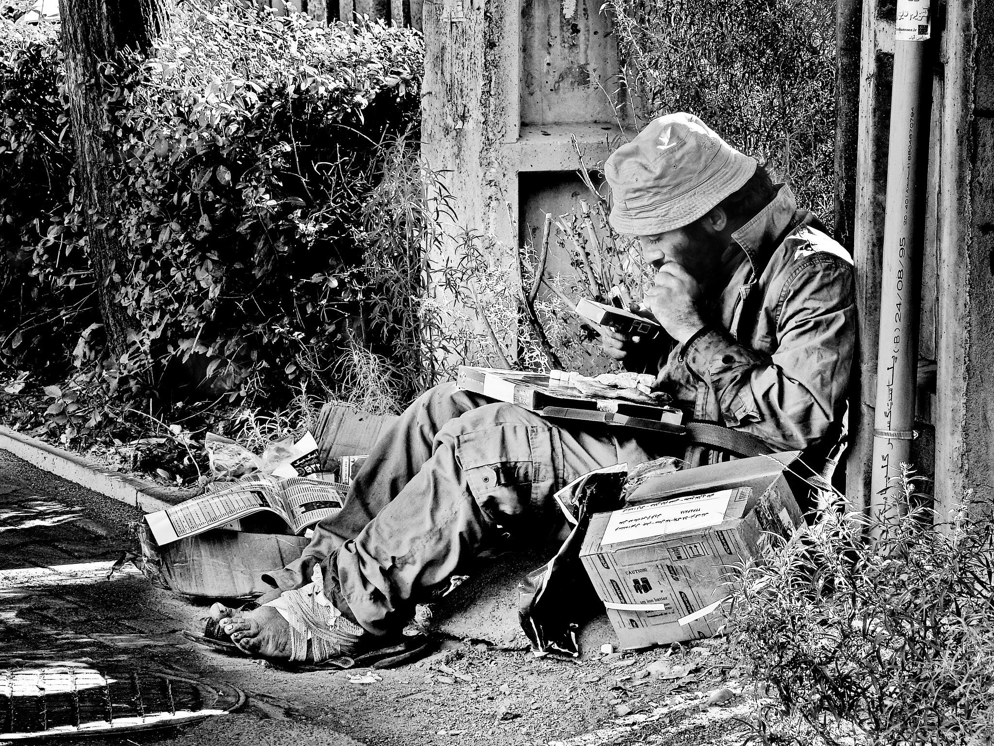Homeless by Aahmad Hezavei
