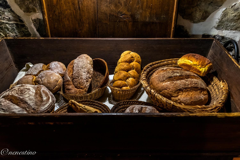 Bread by nenestino