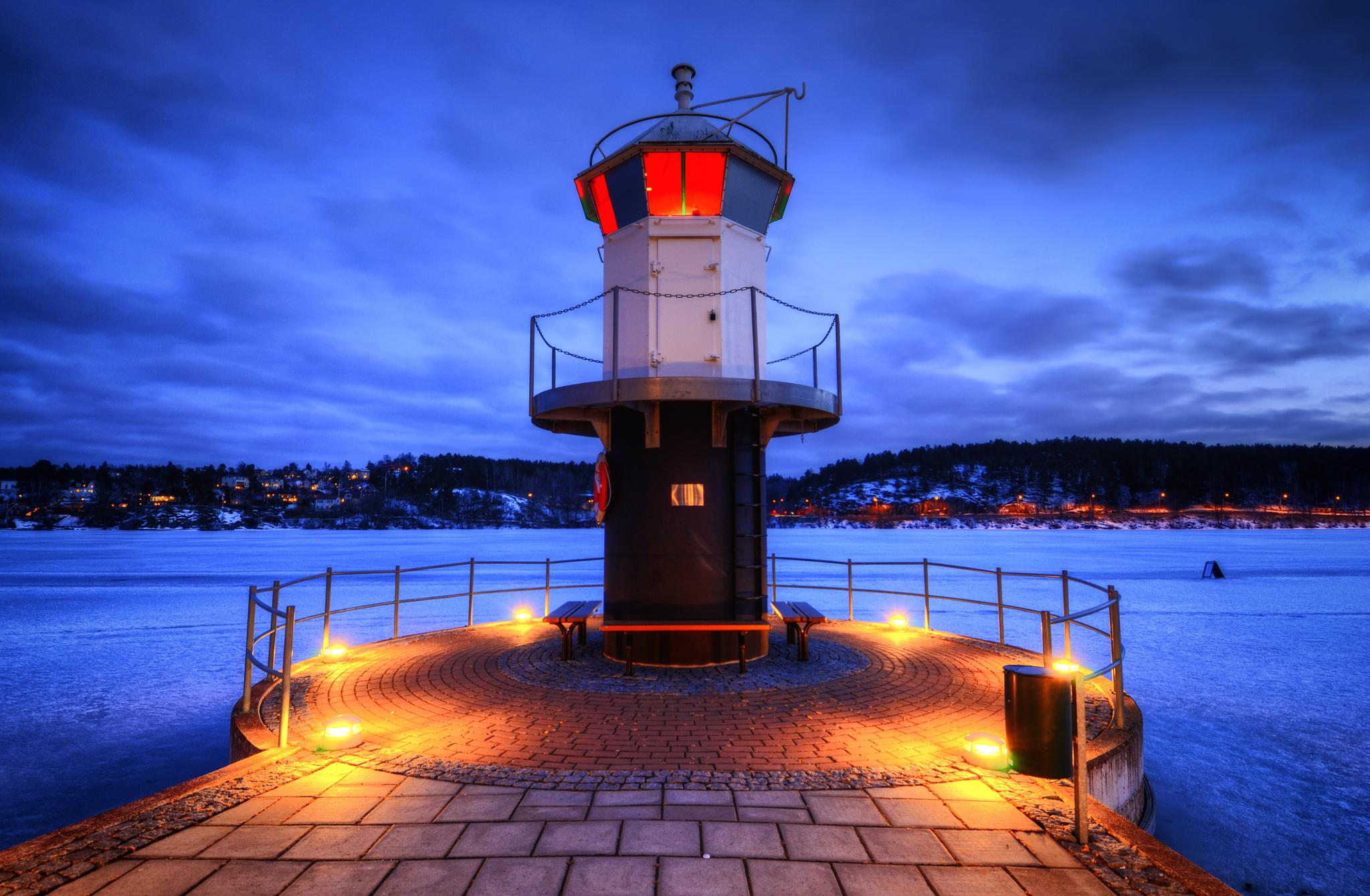 The AGA Lighthouse by Henrik Sundholm