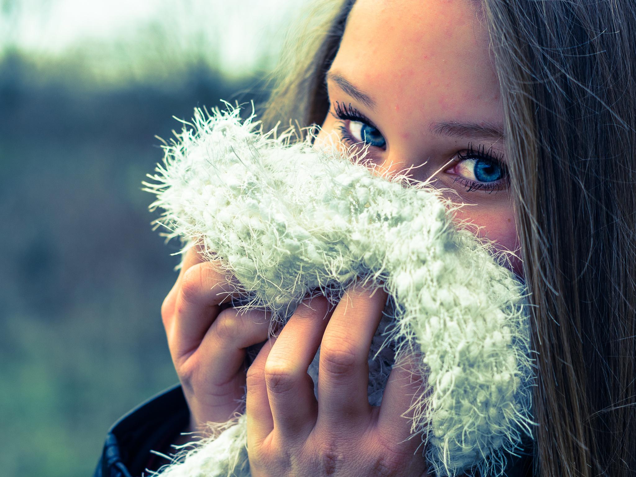 Photo in Portrait #bleu #yeux #froidure #douceur #adolescente