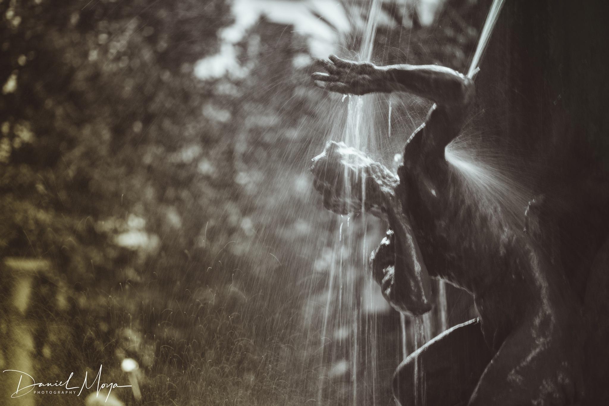 Washed my hand in muddi water  by DanielMoyaFuster
