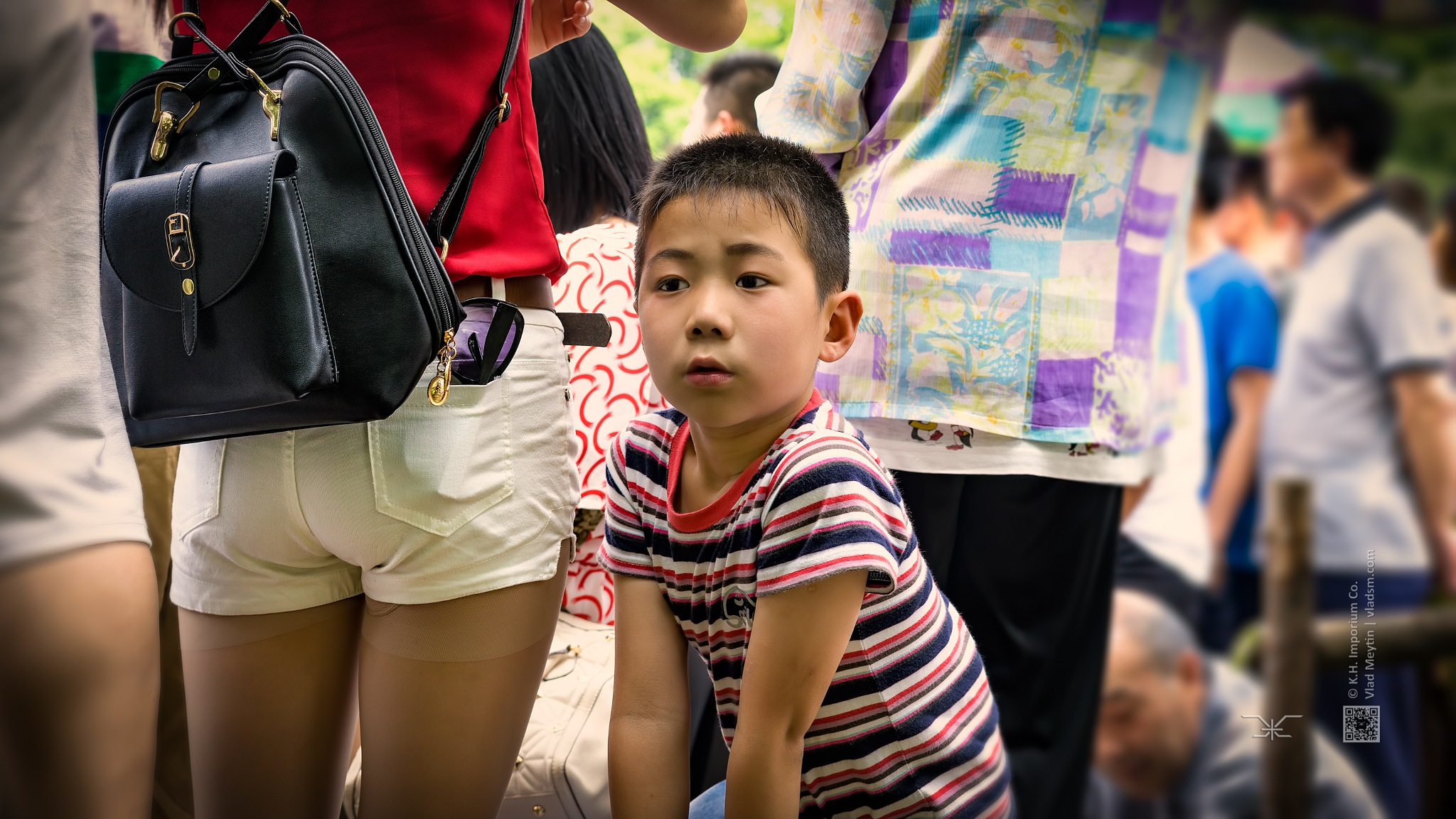 A day in the city park, street photo, candid (Nantong, China), 06-2015, 6 by Vlad Meytin