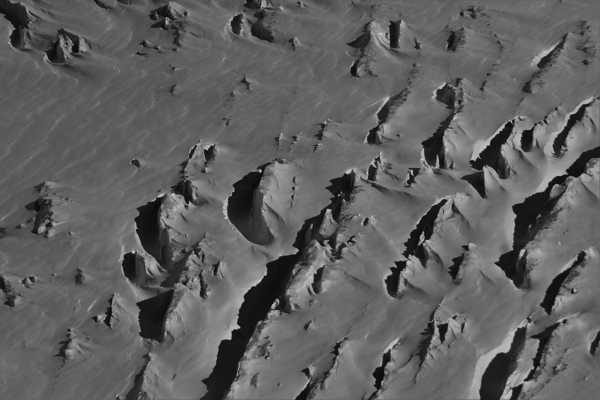 Glacier  by Anaëlle du Plessis
