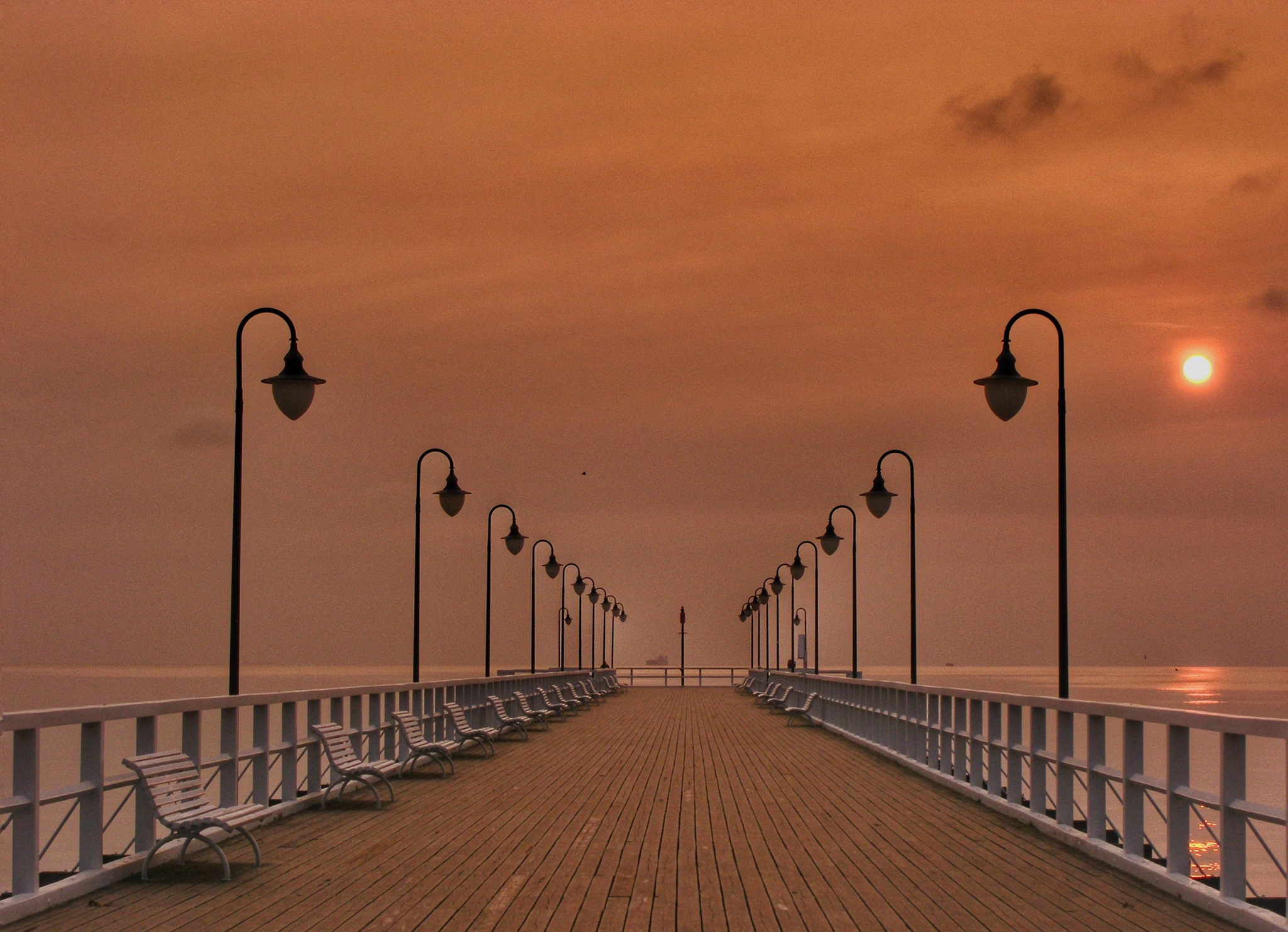 Pier by Grzegorz Skwarliński