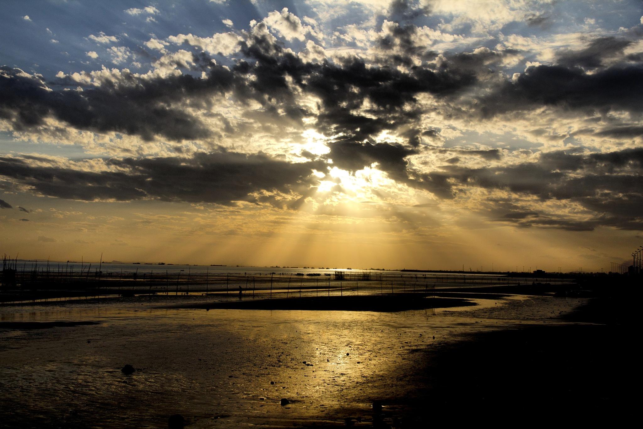 sunset by mahdi shoeybi