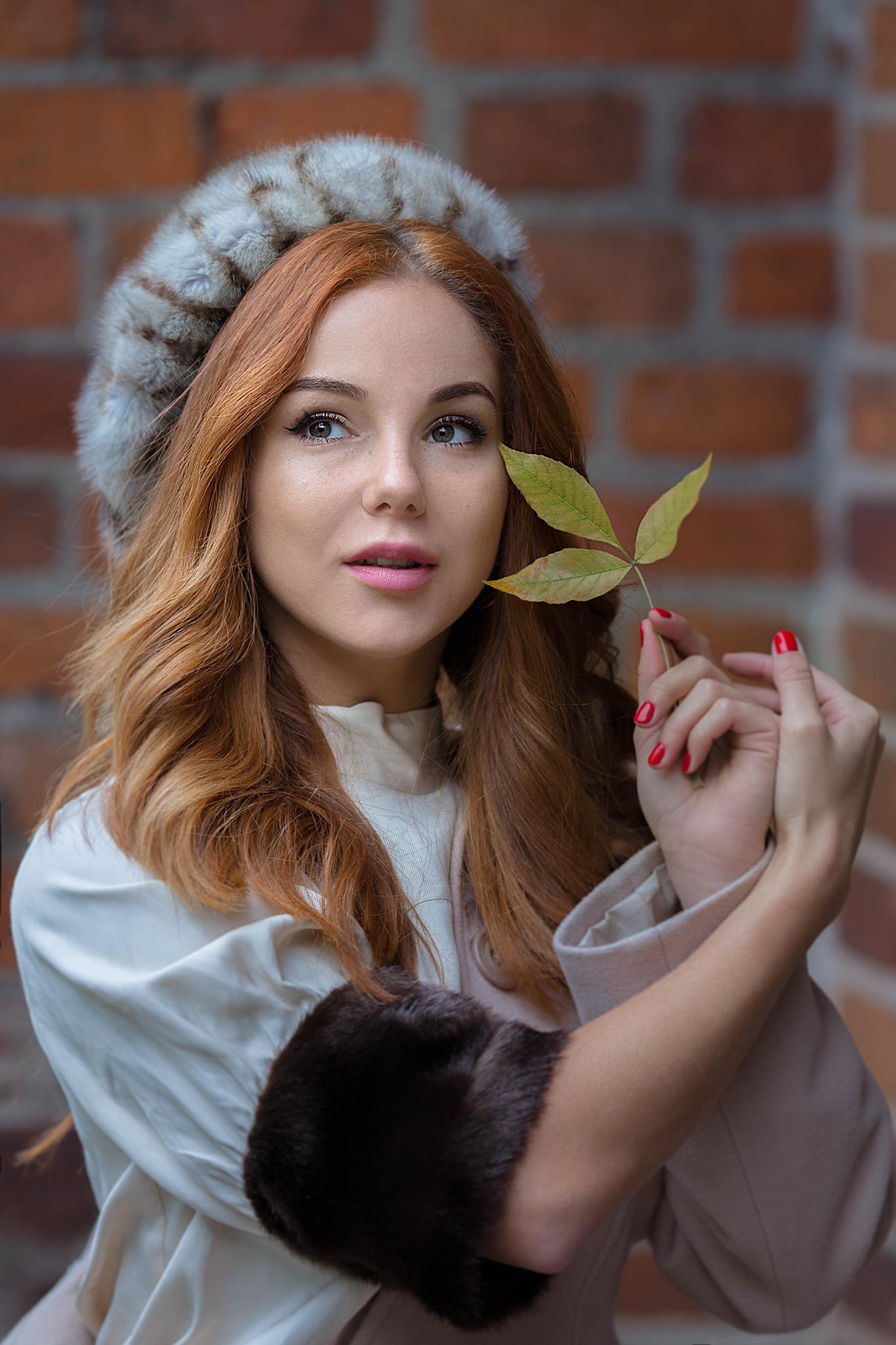 russian woman  by Alla Toporskaya