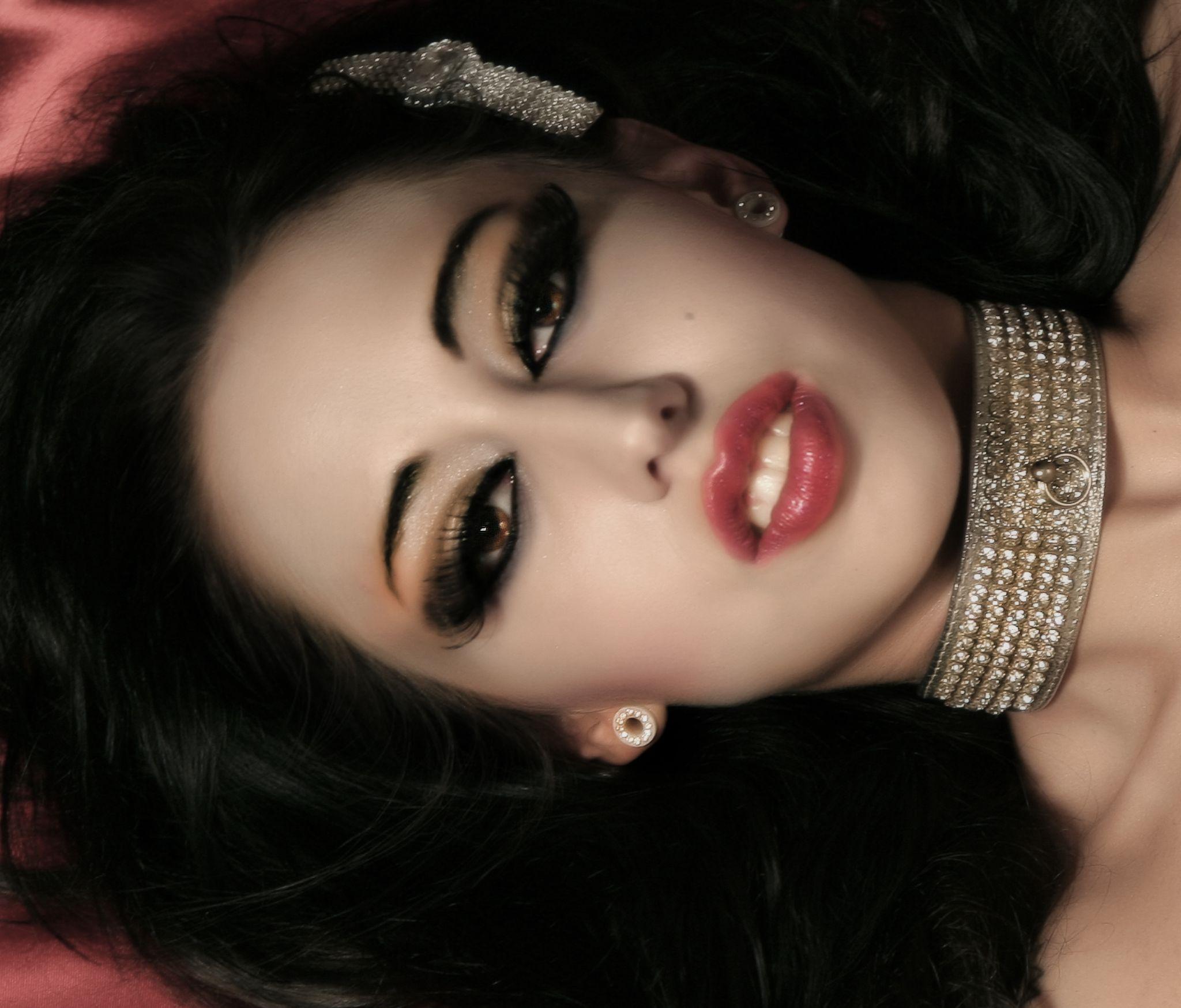 Glamor Headshot with Nadia by SublimeTexas