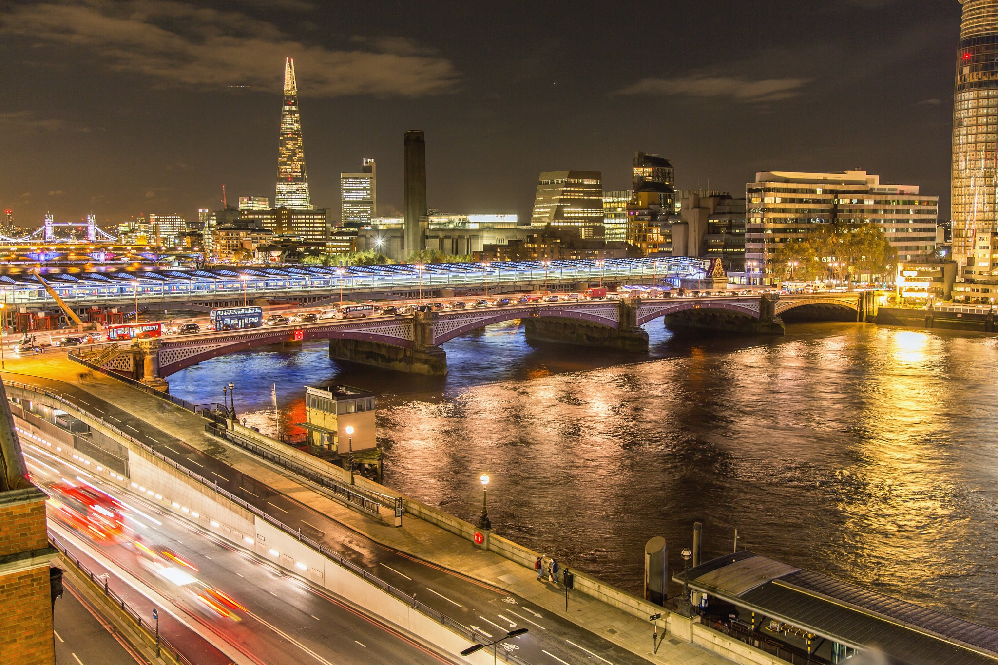 Night in London by Philip Cooper