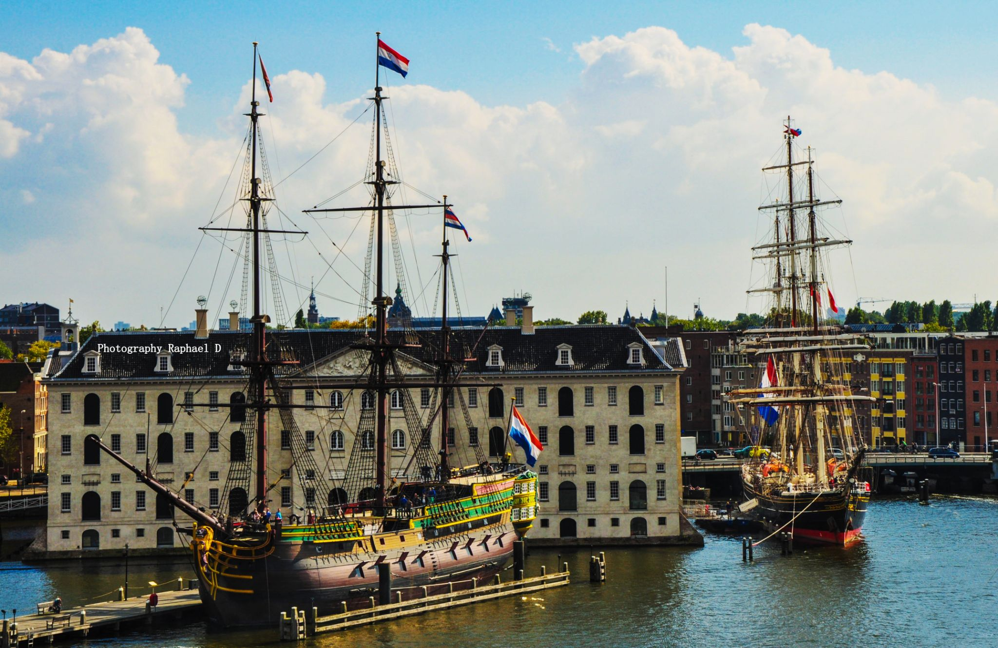 Port Amsterdam by Rafał GIERCZAK  ©