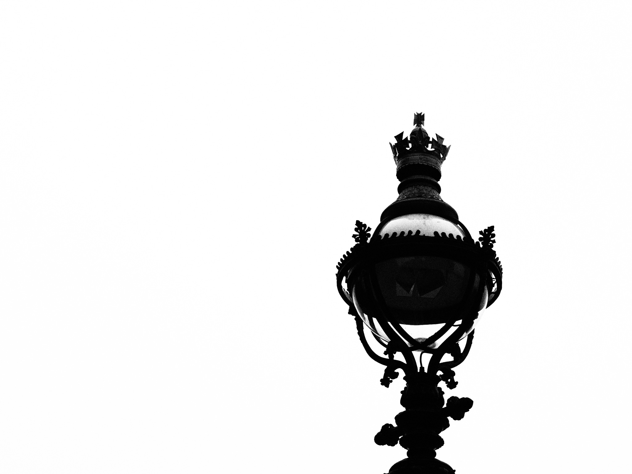 Ingrained Monarchy by Thomas Peck