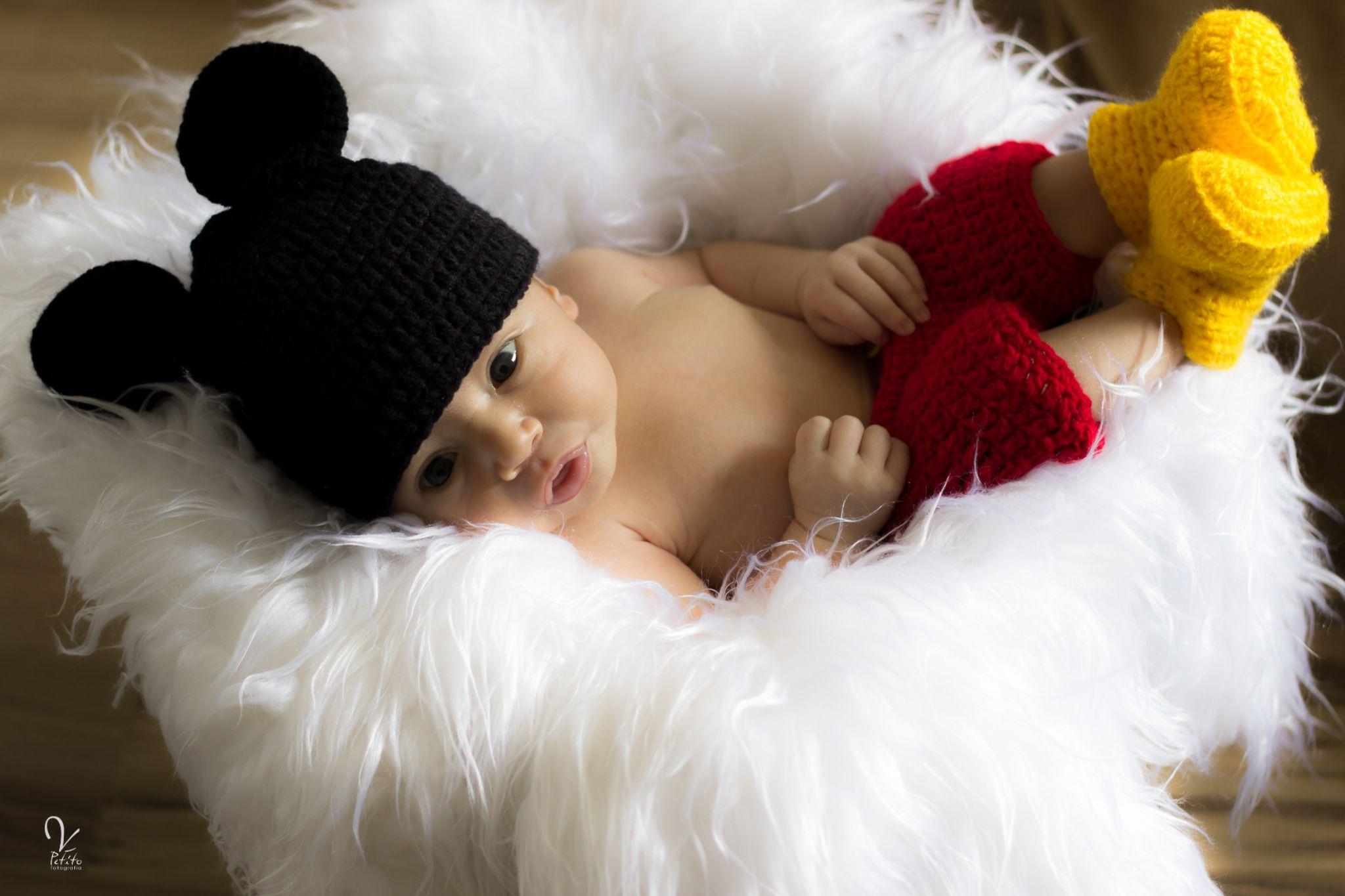 Newborn Mickey by veronicapetitofotografia