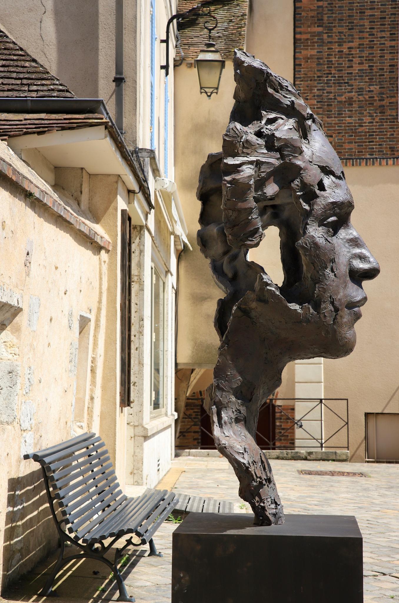 Dans les rues de Chartres ....aujourd'hui  by Corinne OGNB