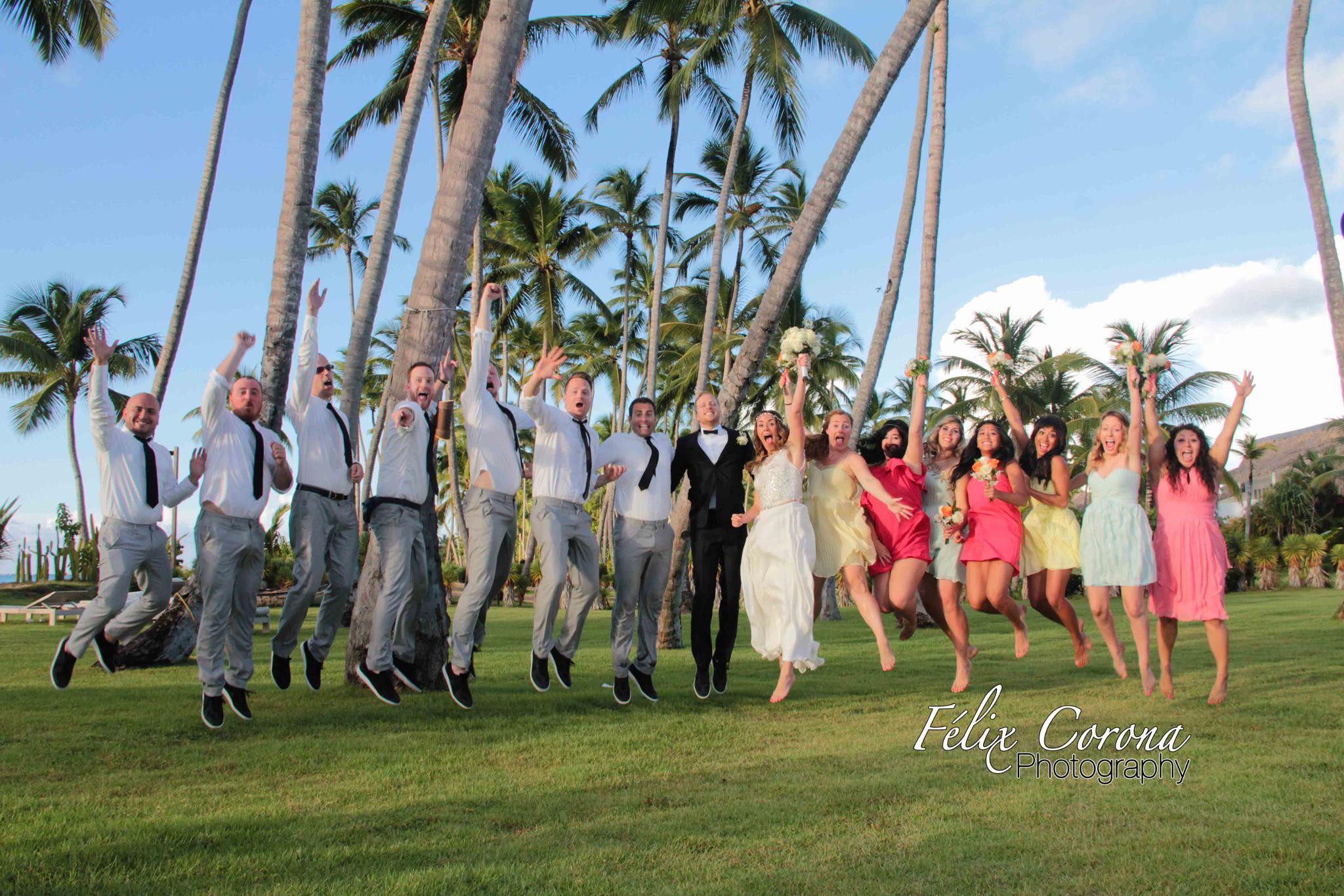 The happy wedding, Villa del Mar, Las Terrenas by Felix Corona