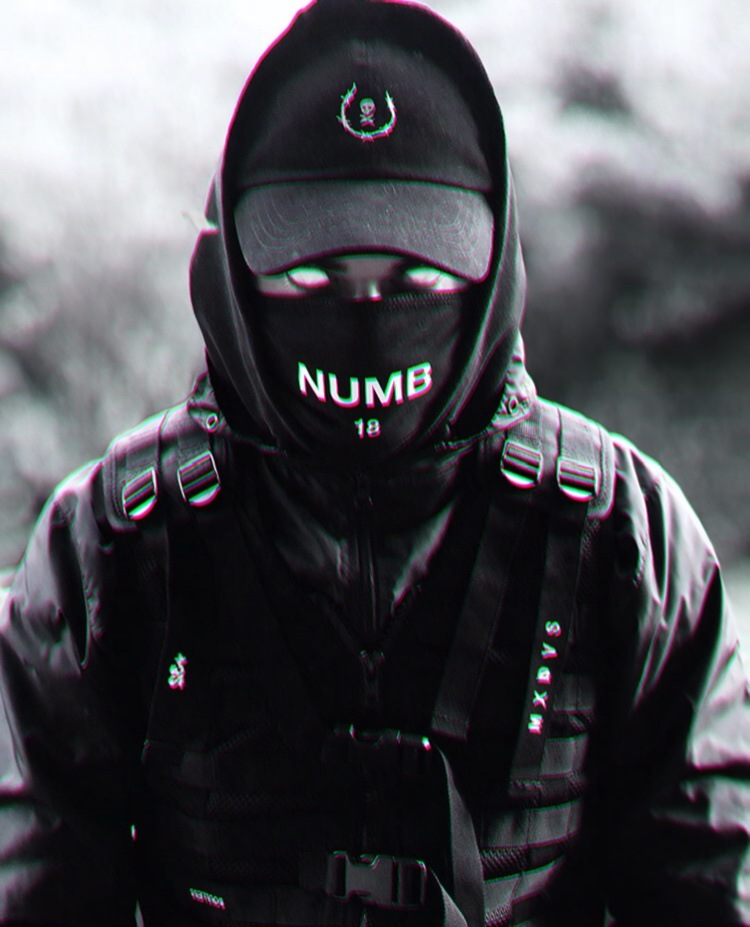 NUMB by RoxinAnyum
