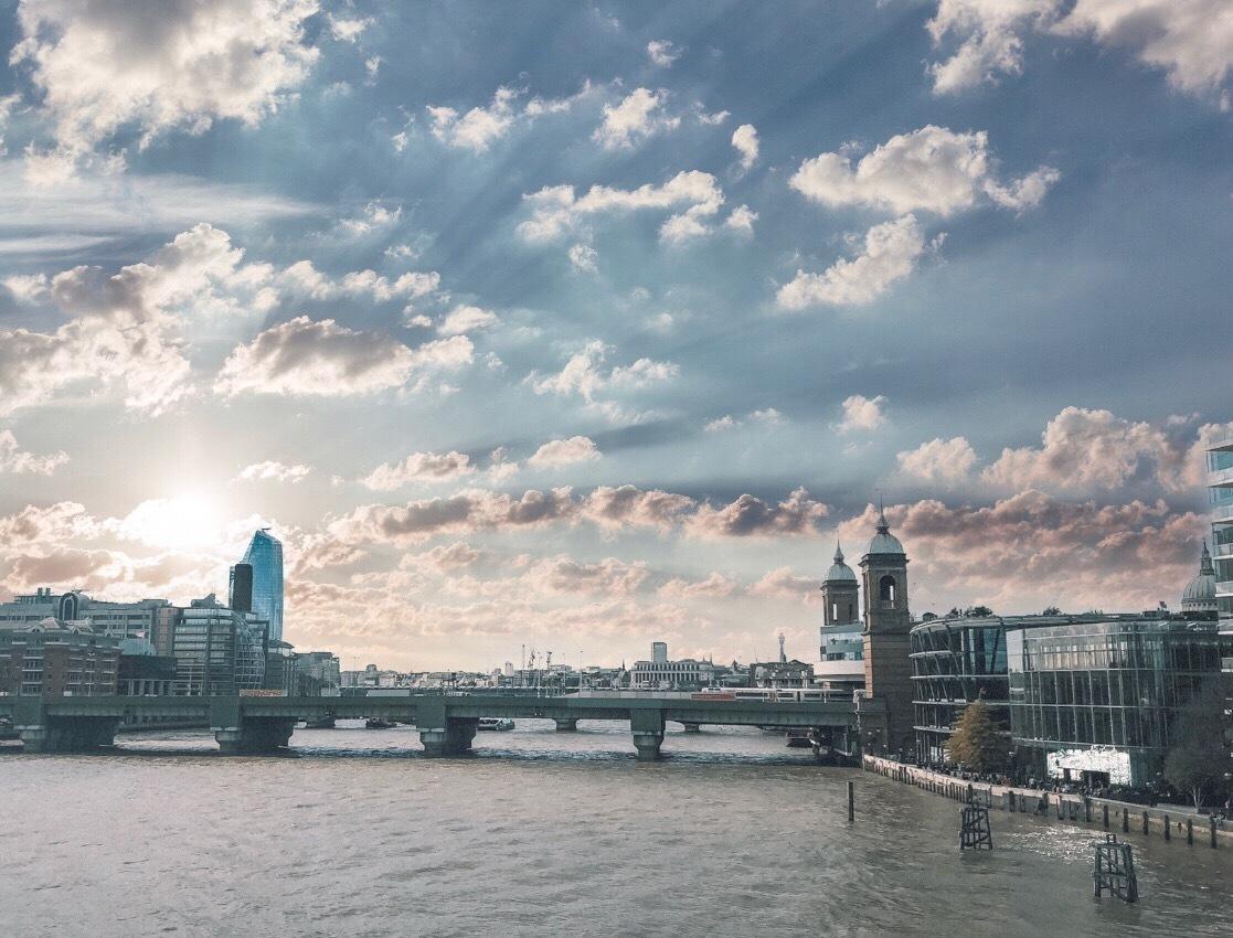 London by dzhuts