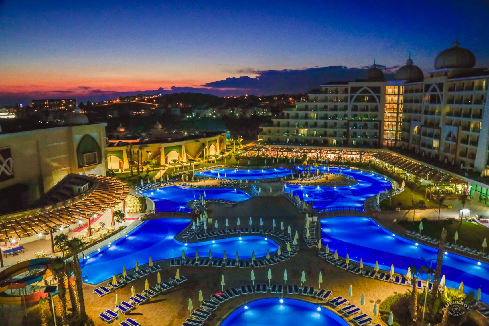 hotel by Michail Kucherov