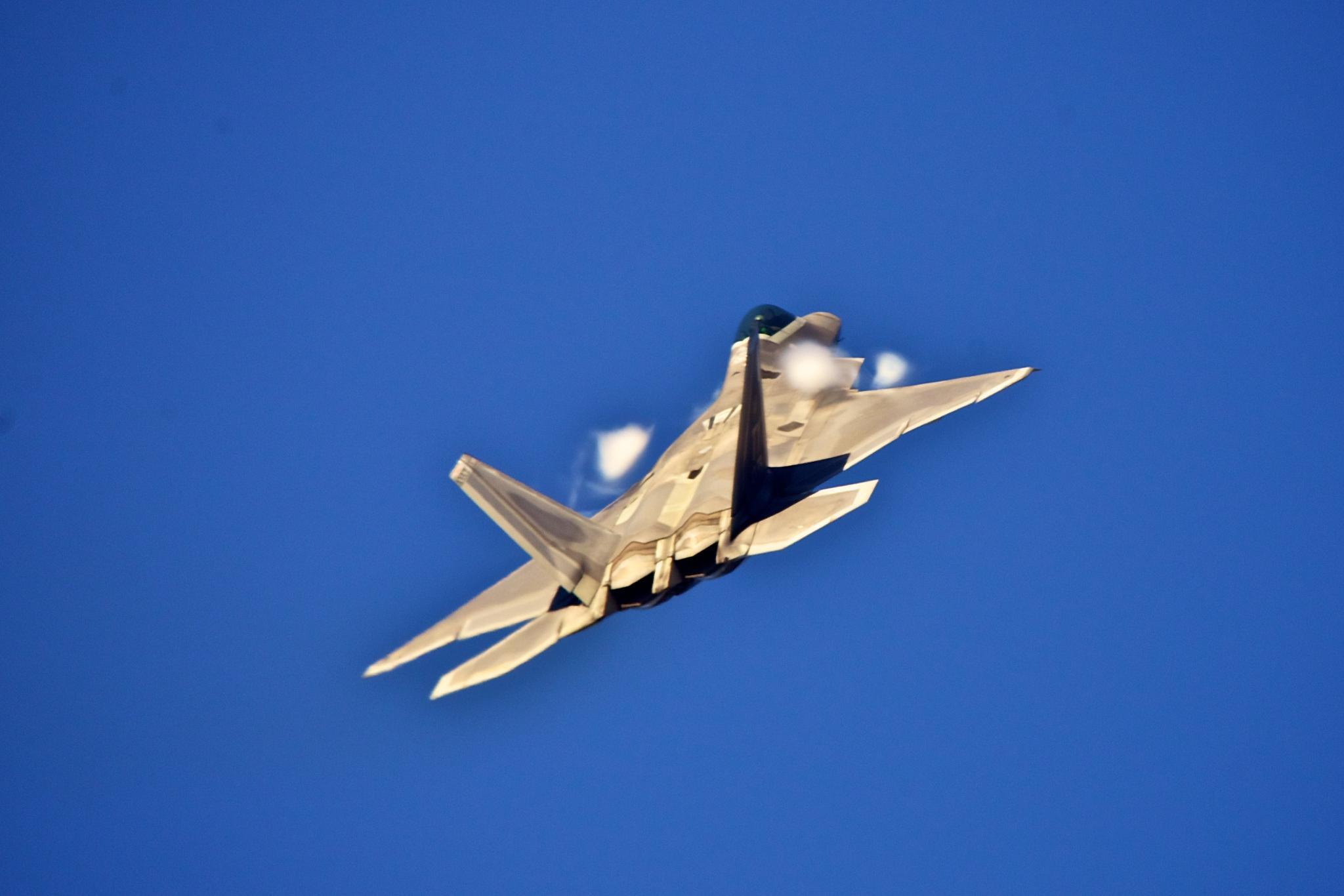 F-22 Raptor by Hugh Mitchell