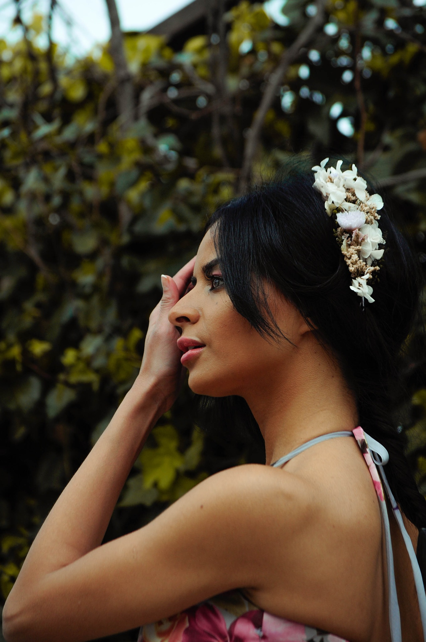 The bridesmaid by Itziar Lorente