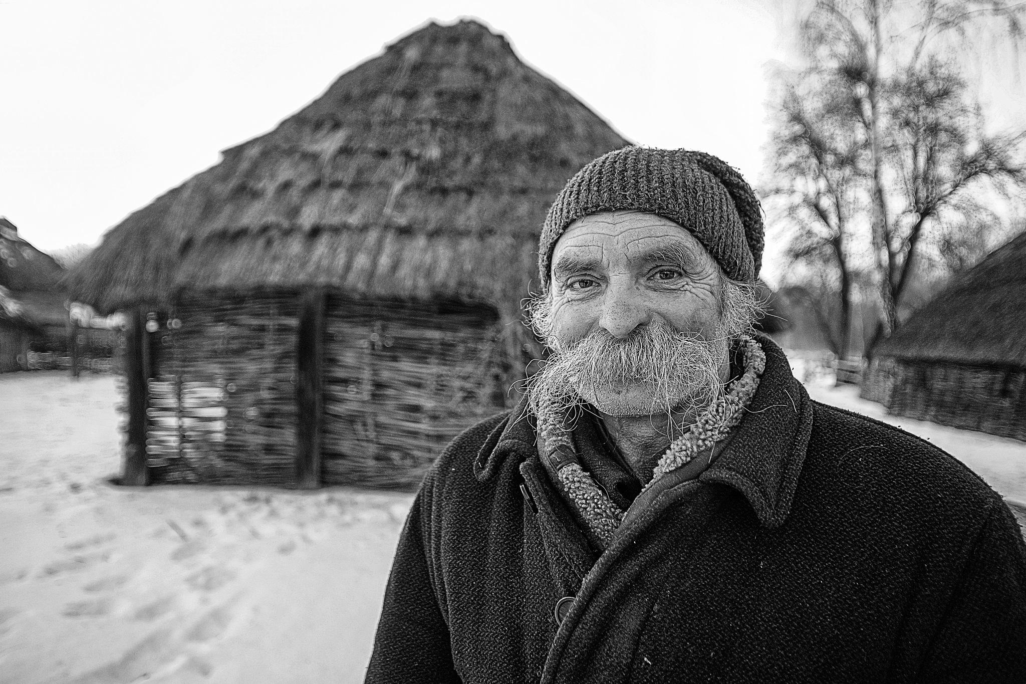 life in kiev by Yakup YENER