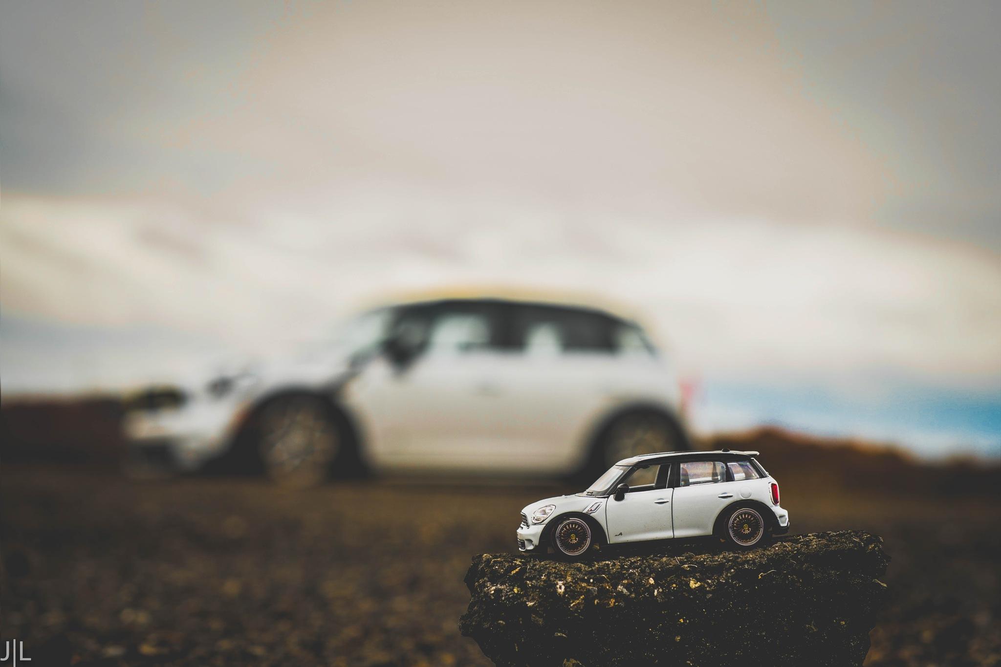 Mini Cooper by Jared Ludrof