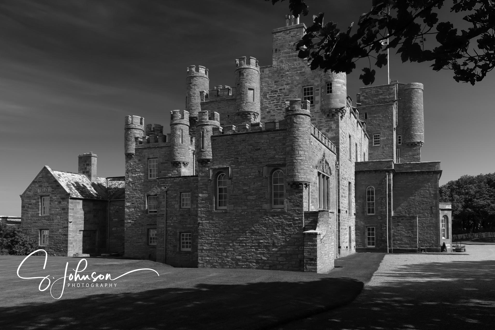 Castle of Mey by Sam Johnson