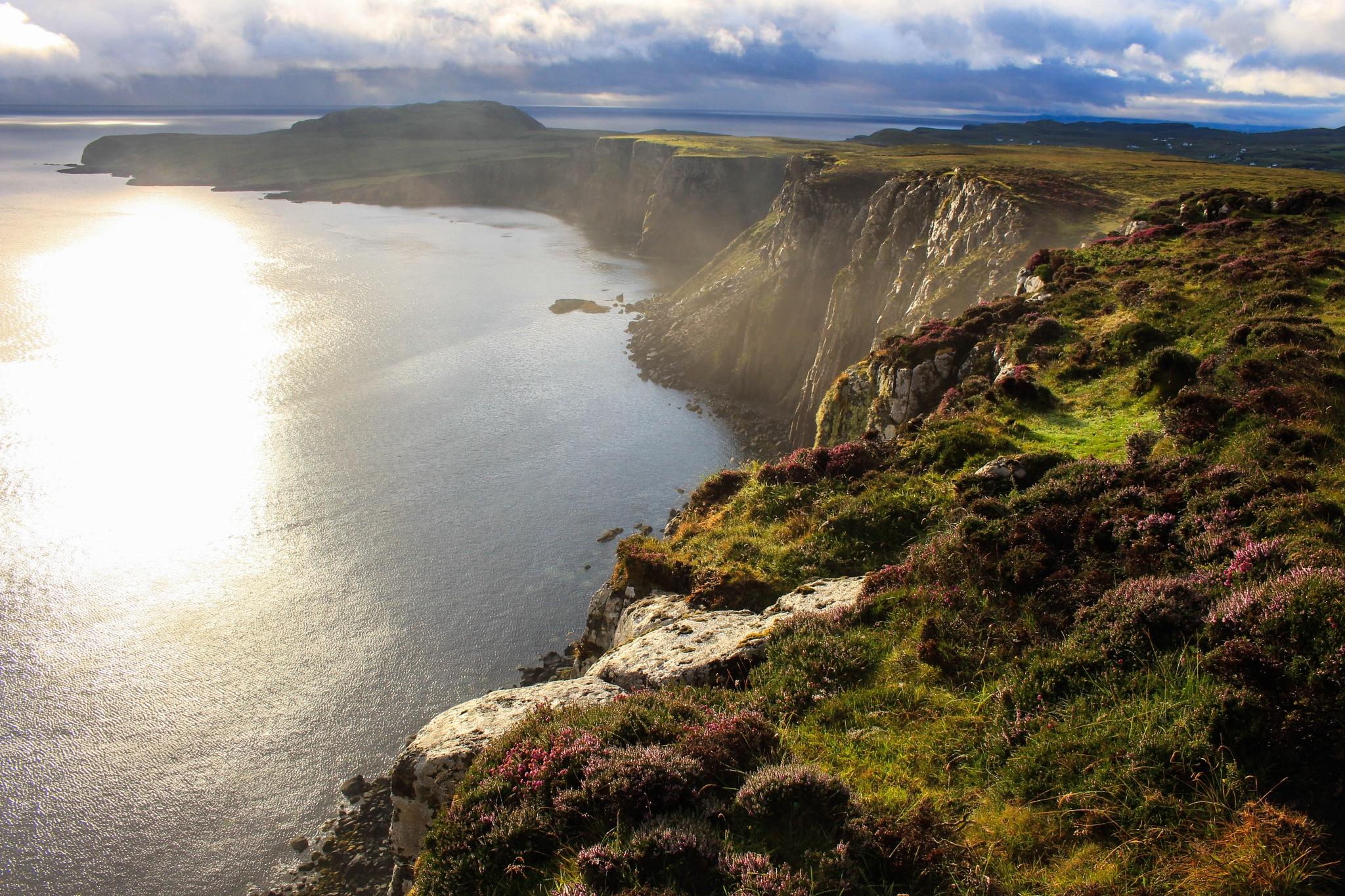 Morning on north at Isle of Skye  by Jindra Ryšavý