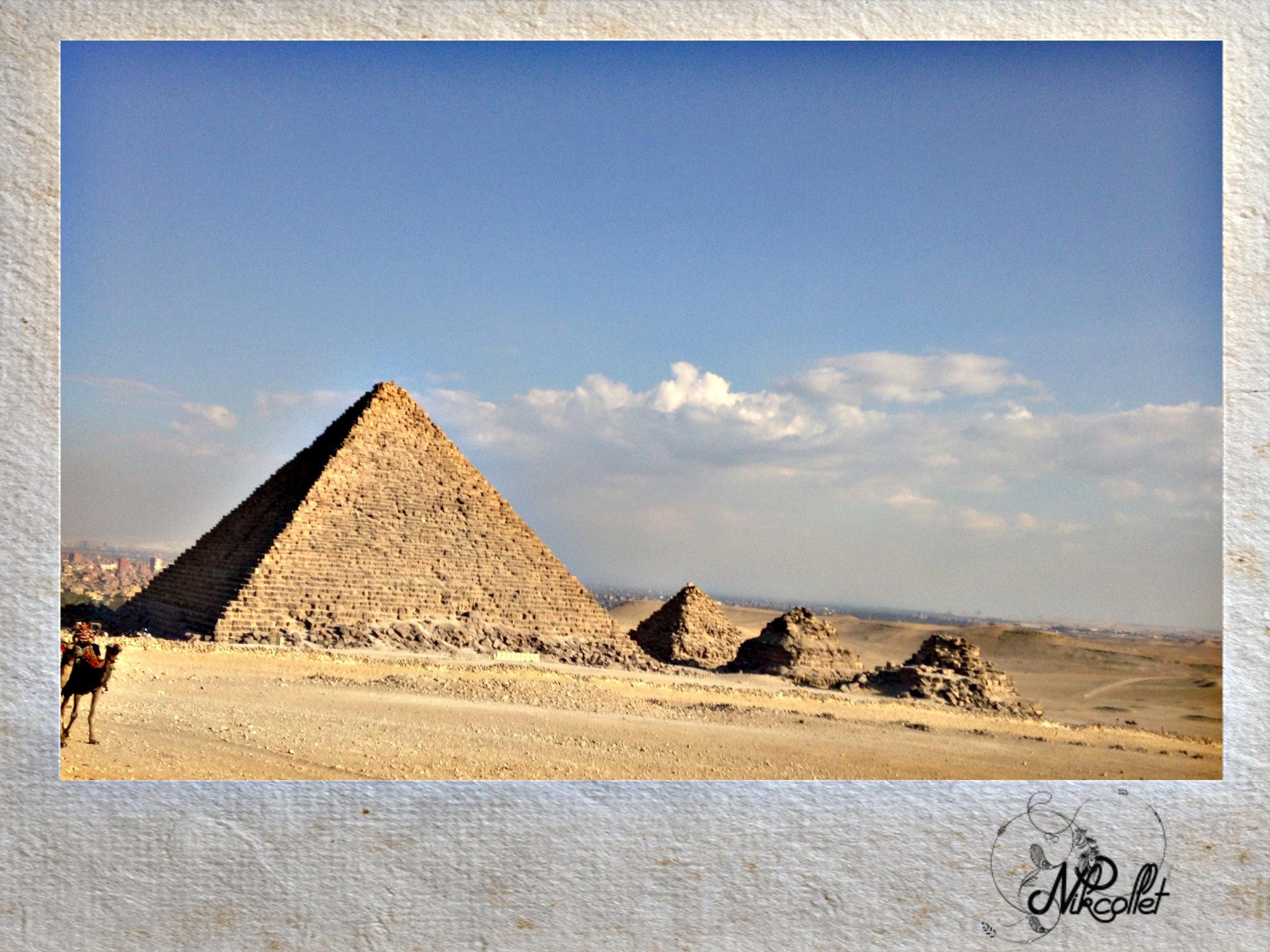 Giza Pyramids by Nikcollet C
