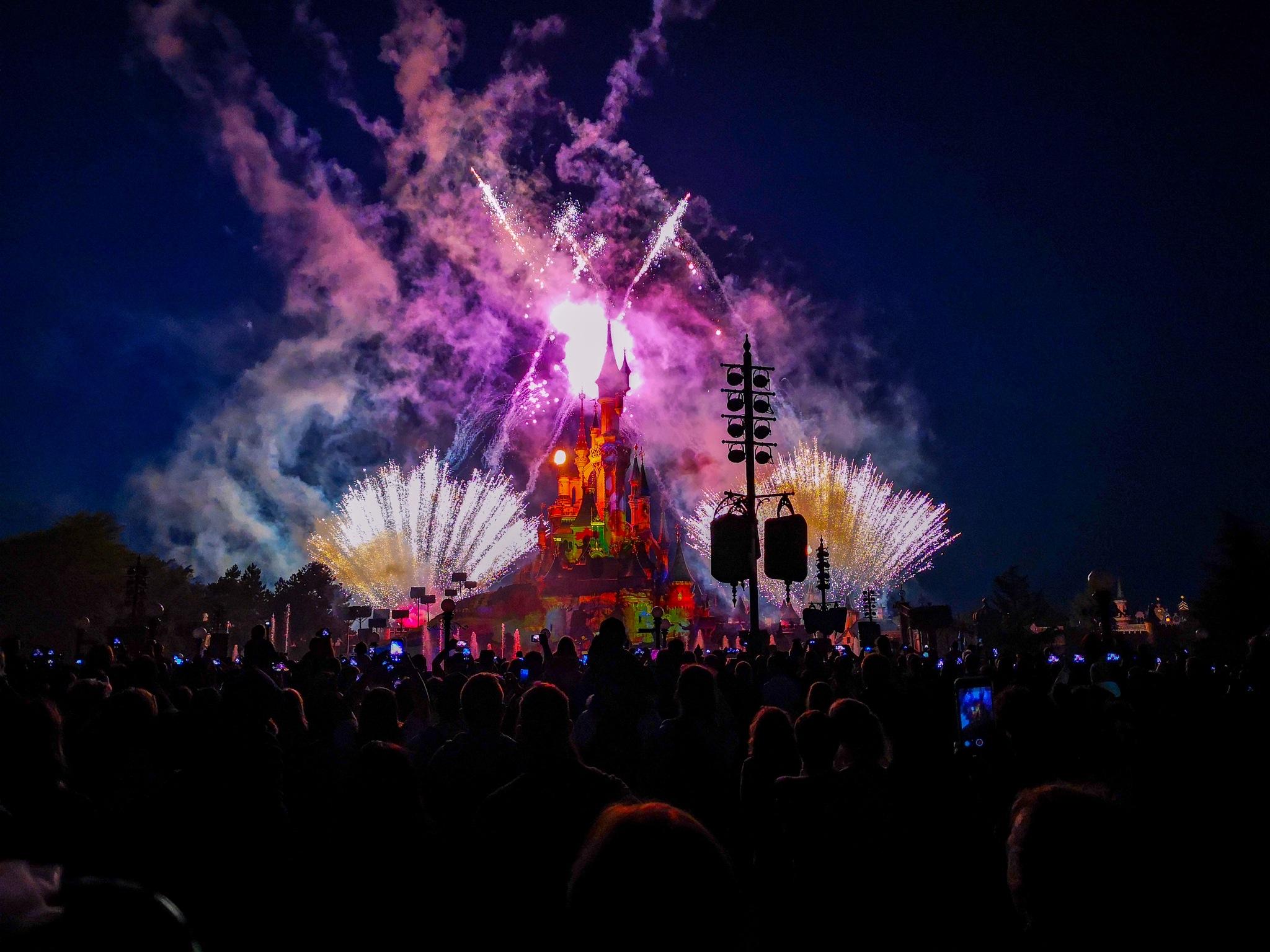 Disney Illumination Firework by Florent Raco