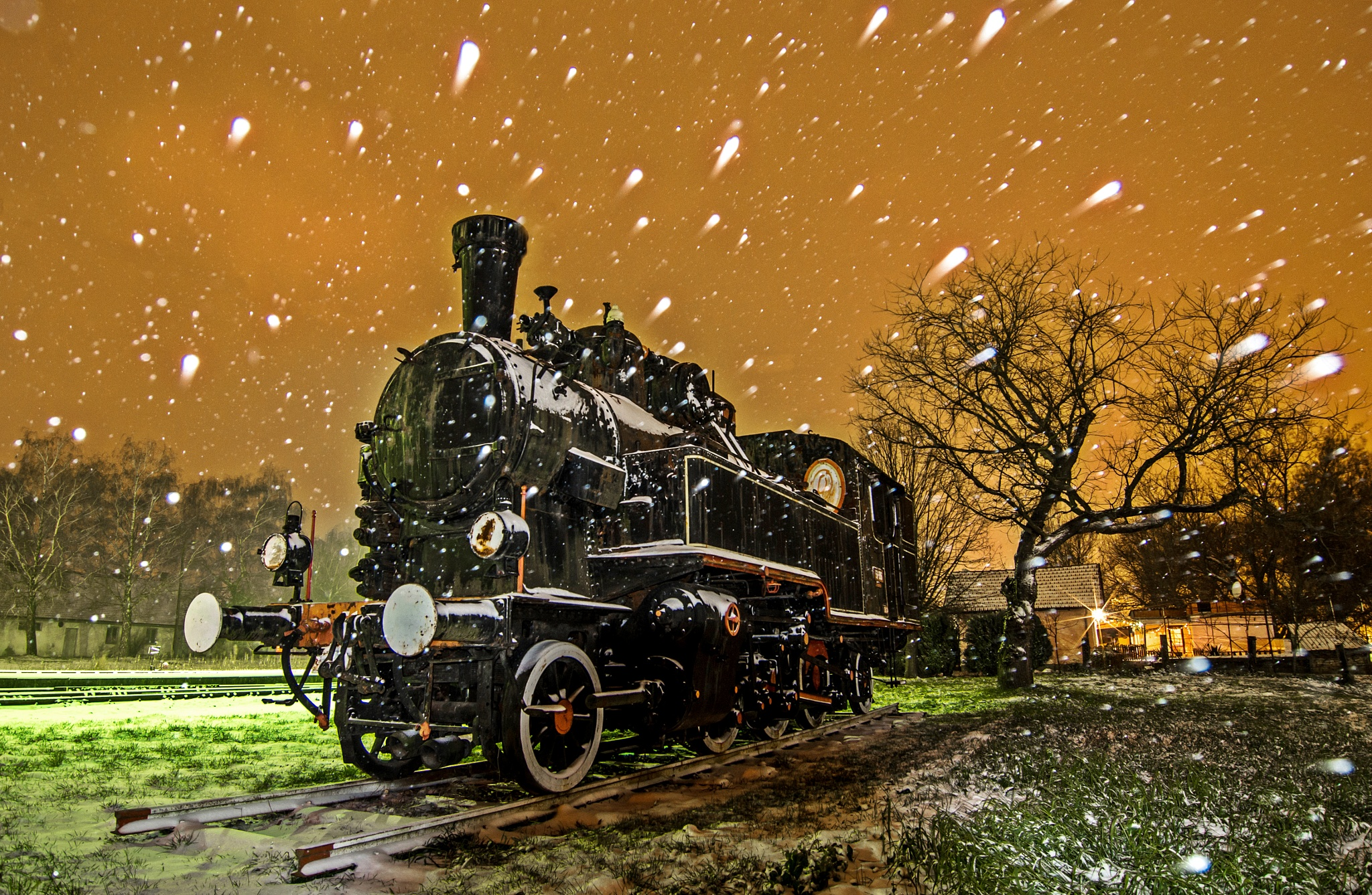 Steam locomotive by Zoran Rudec