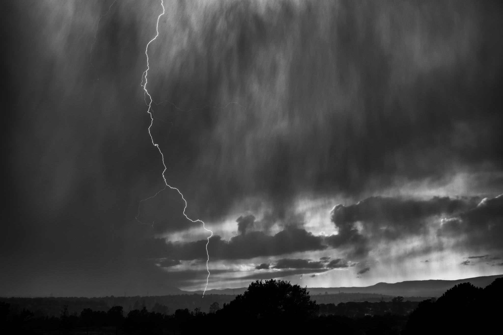 Thundersnow by Stephen Lee