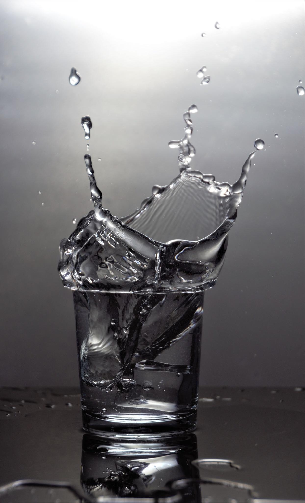 Braking the water  by Hugh Burden