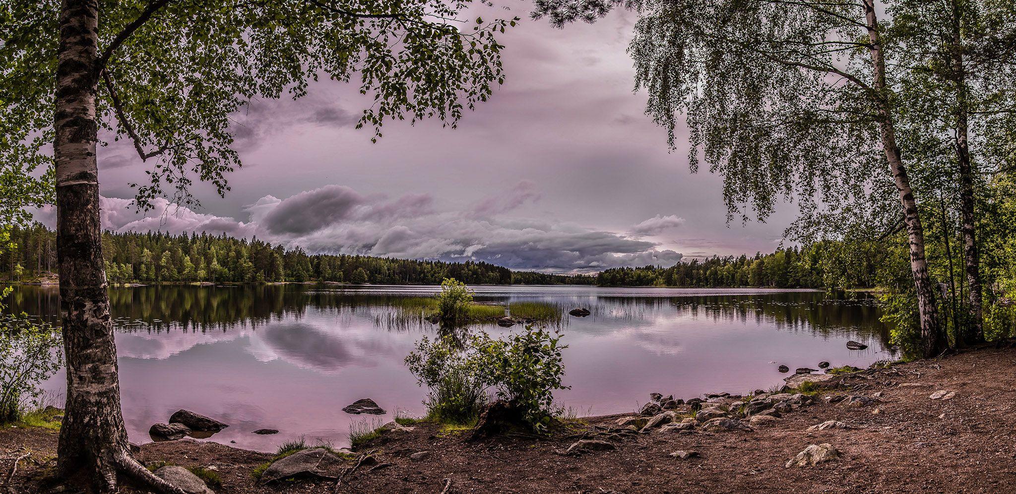 Lake Alinen by Harri Hedman