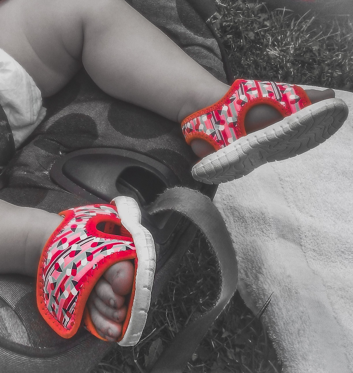 Little toes. by Bedazzled.Buckets.Photography™
